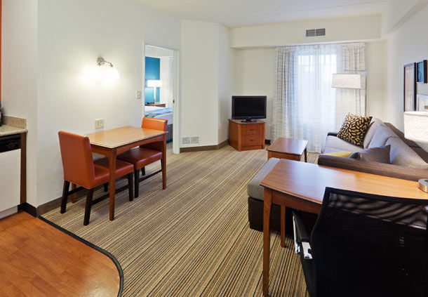 Residence Inn by Marriott Chicago Oak Brook image 16