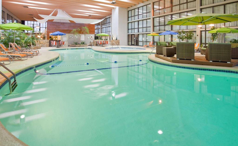 SureStay Plus Hotel by Best Western Kansas City Northeast image 4