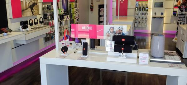Interior photo of T-Mobile Store at Kunia Shopping Center, Waipahu, HI
