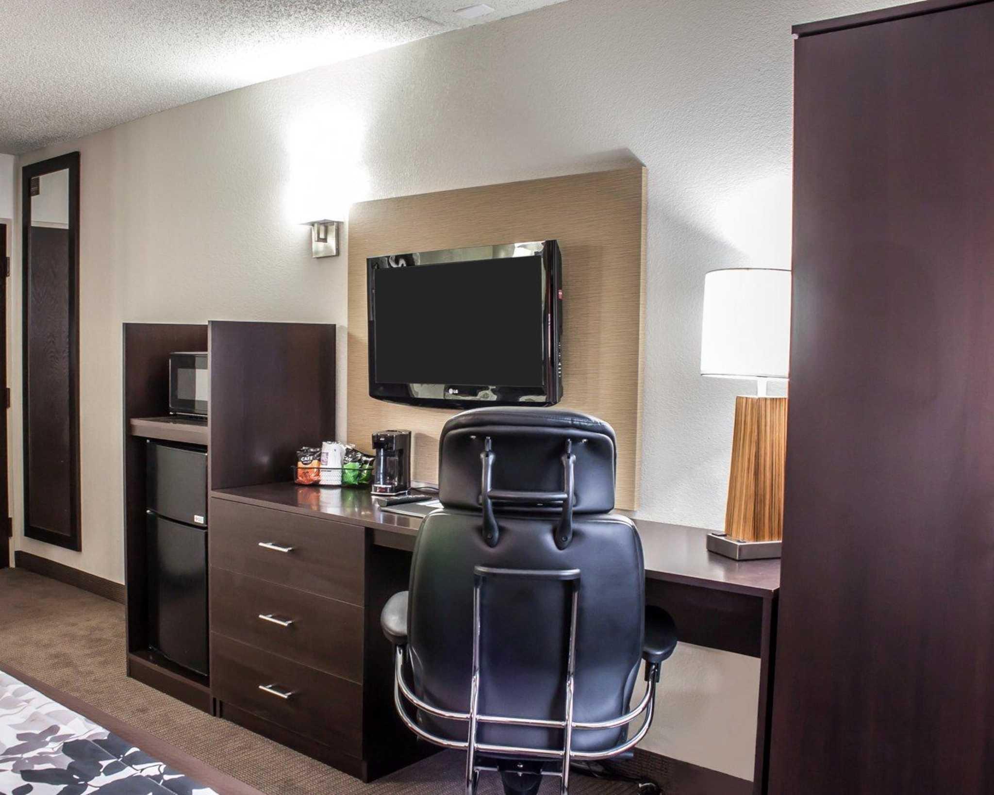 Sleep Inn Arlington Near Six Flags image 6