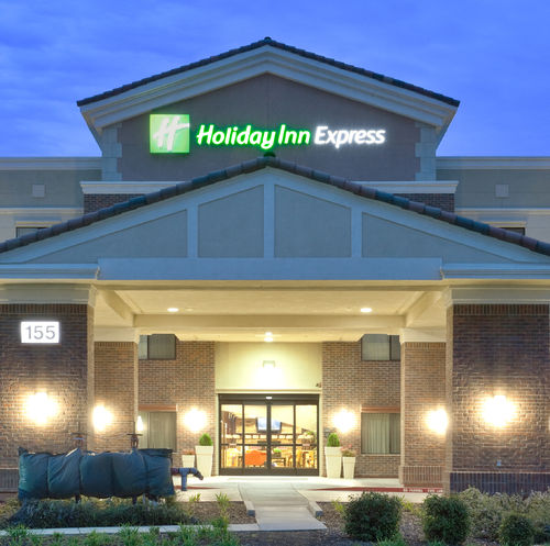 Holiday Inn Express & Suites Lincoln-Roseville Area image 0