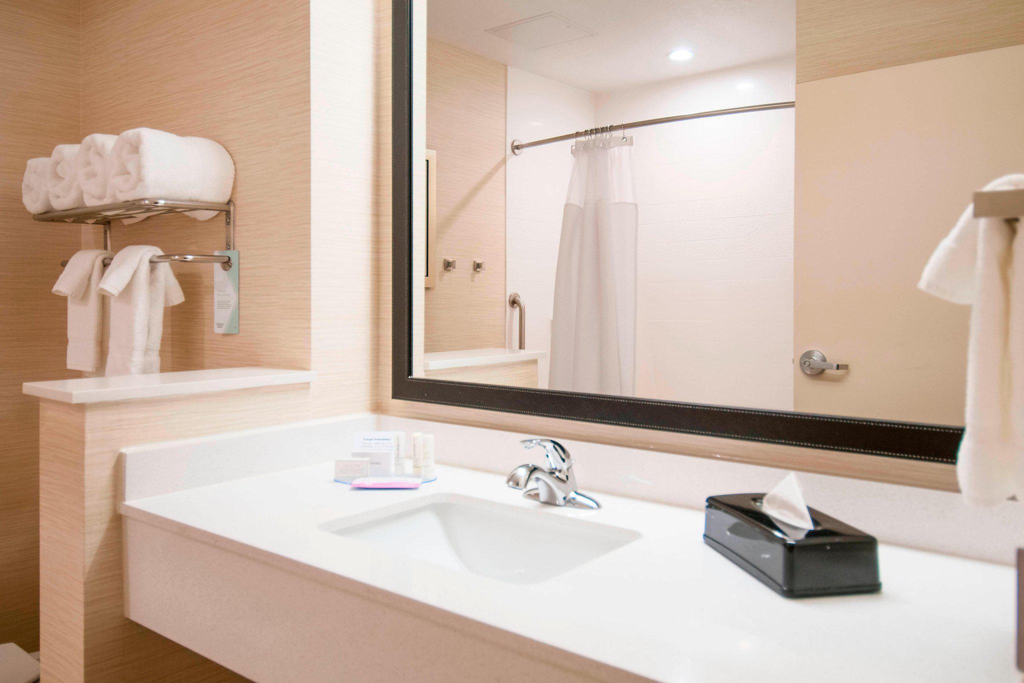 Fairfield Inn & Suites by Marriott San Antonio Brooks City Base