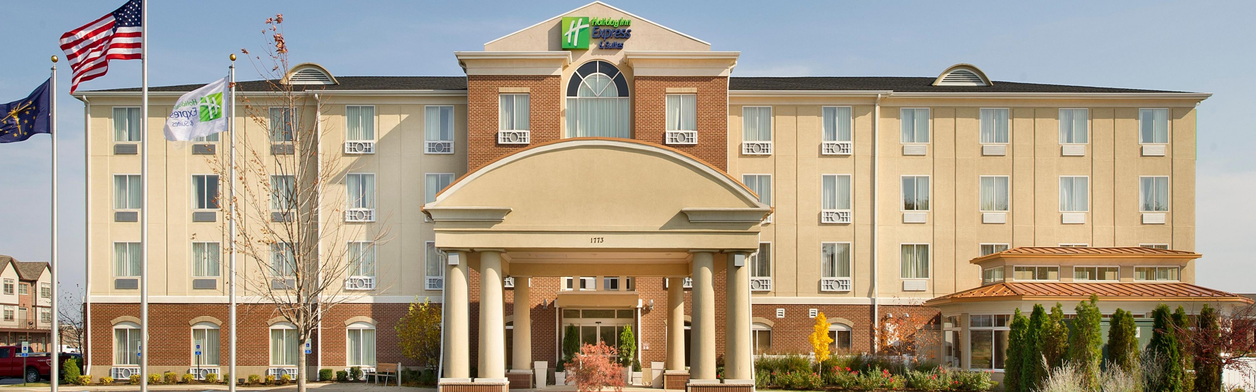 Holiday Inn Express & Suites Schererville image 0