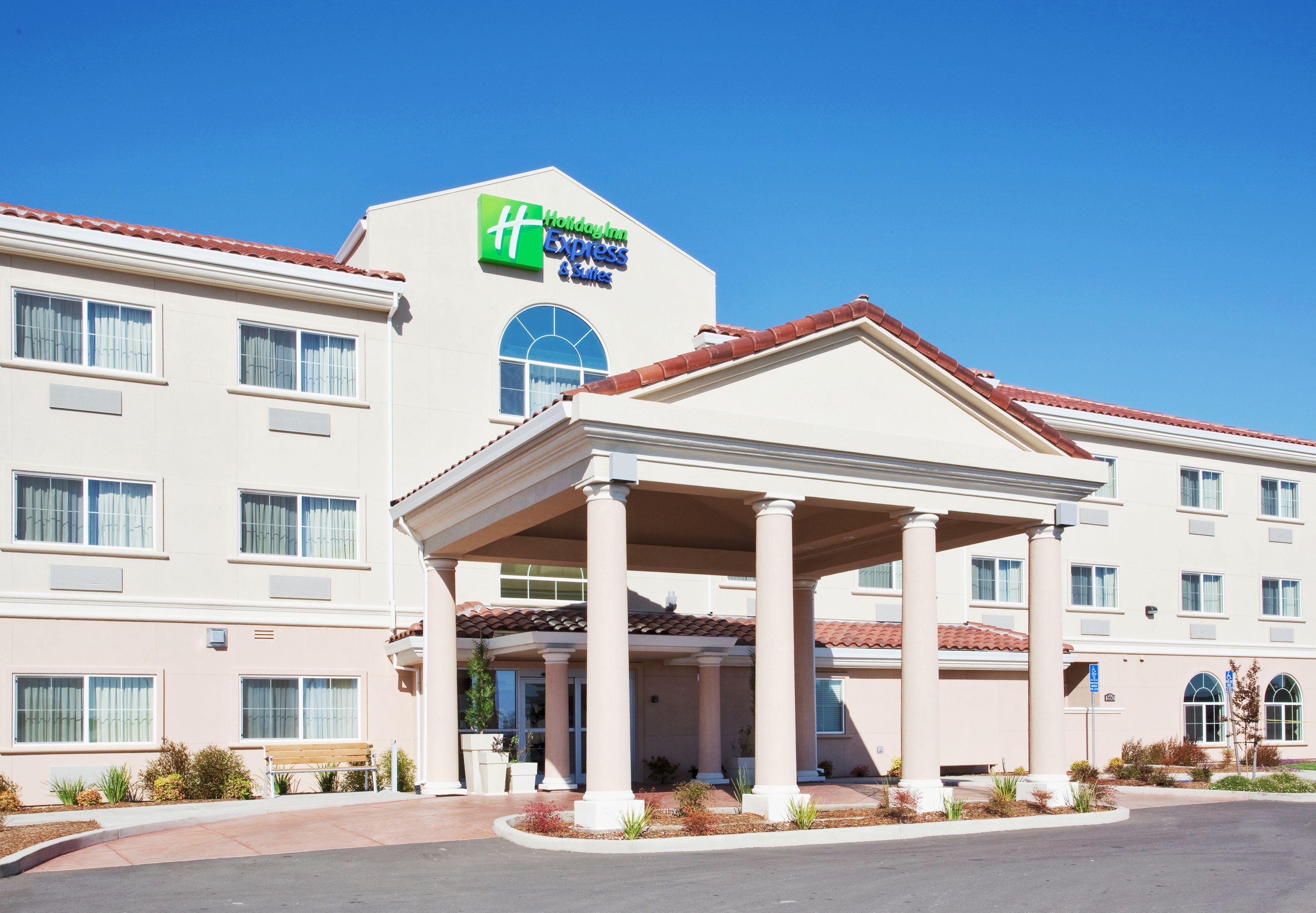 Holiday Inn Express & Suites Orlando-Ocoee East image 3