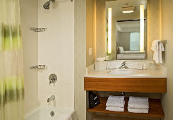 SpringHill Suites by Marriott New York LaGuardia Airport image 6