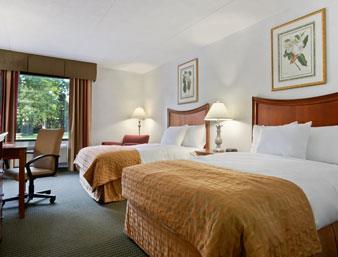 Ramada Toledo Hotel and Conference Center image 10