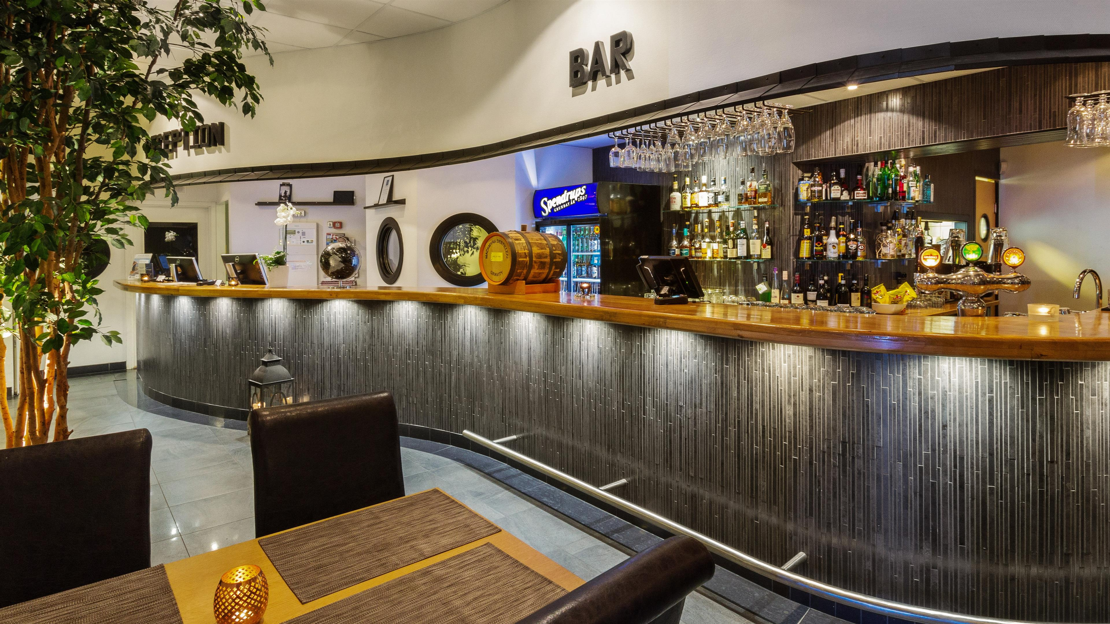 Reception Bar