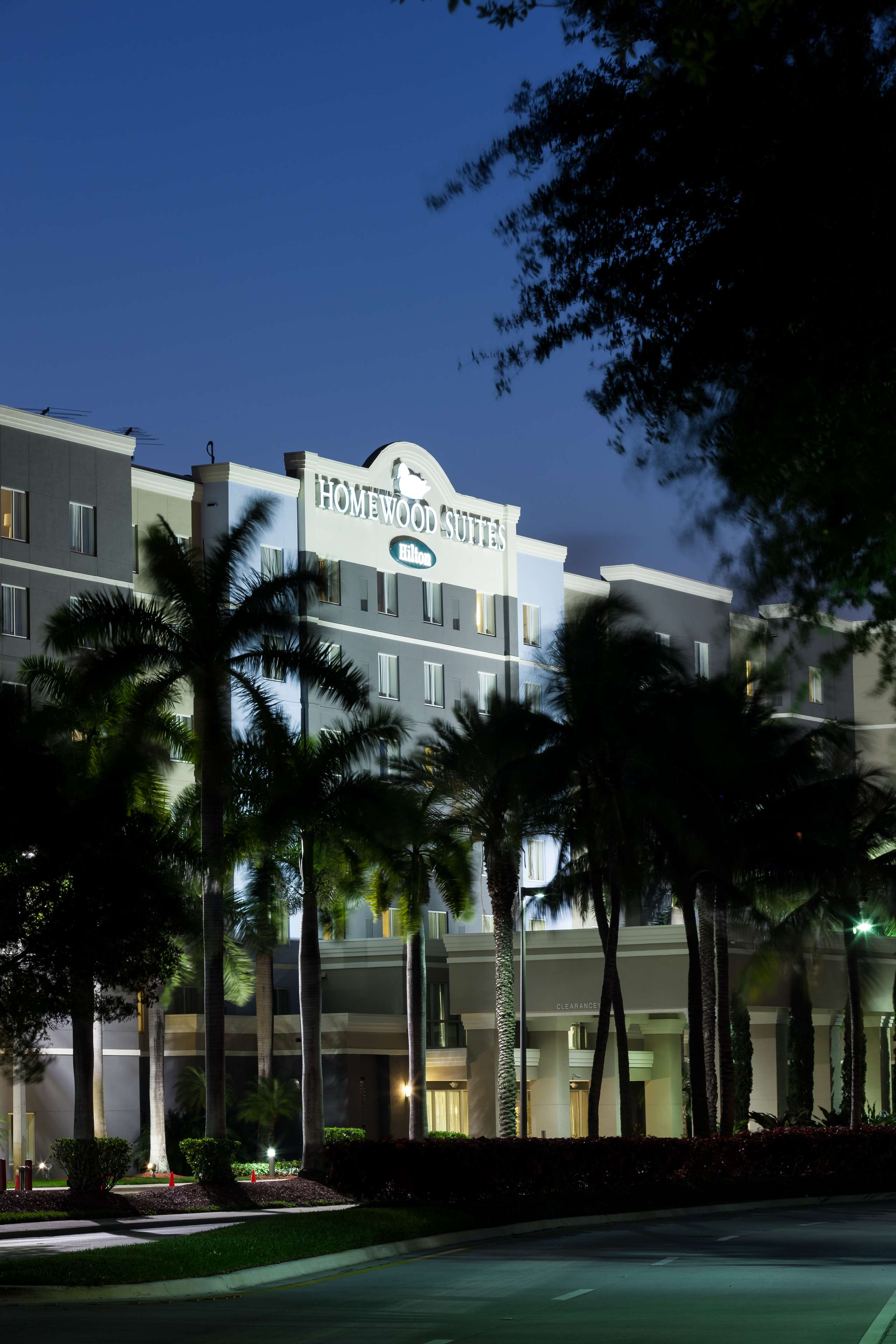 Homewood Suites by Hilton Miami-Airport/Blue Lagoon image 7