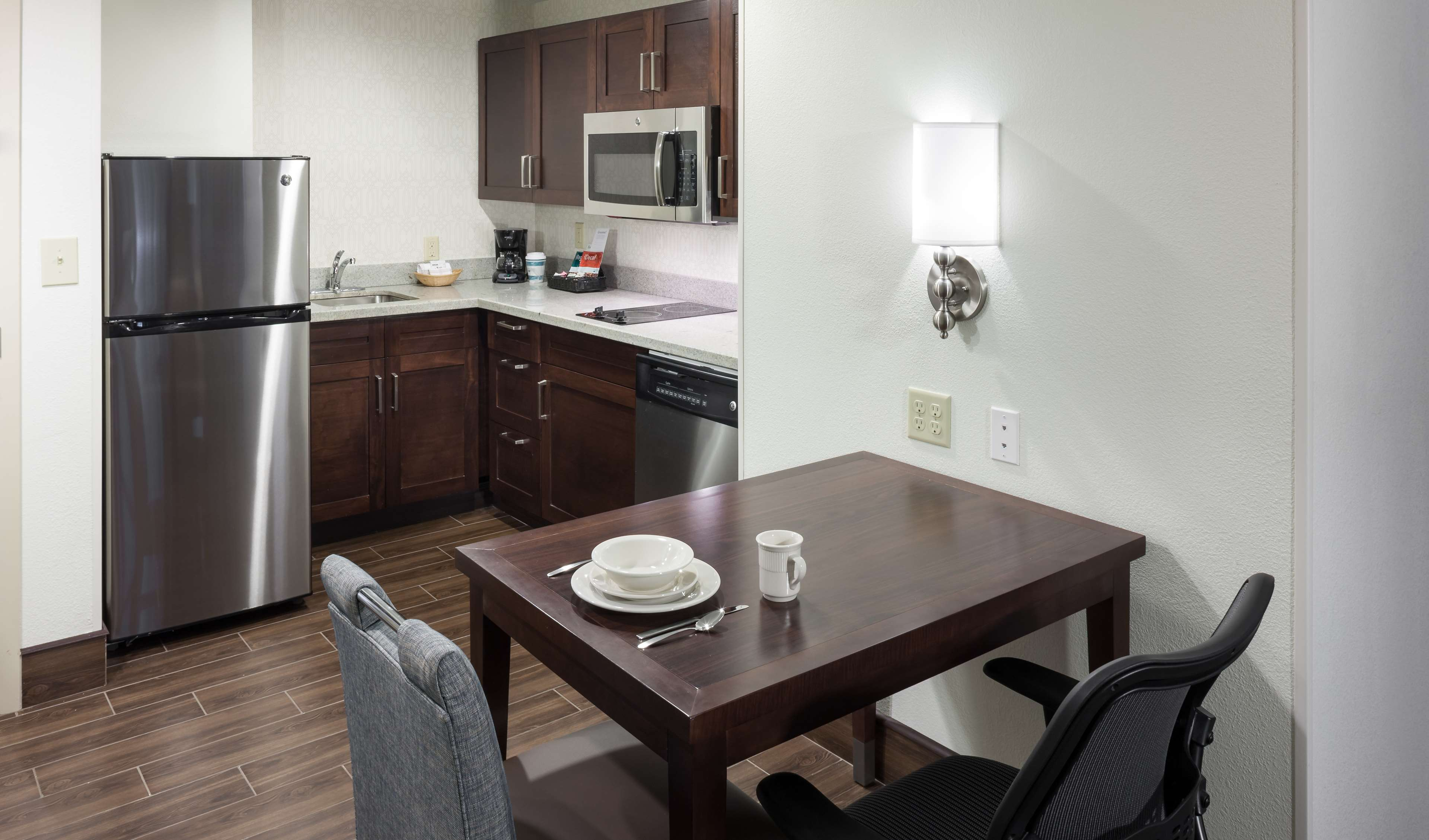 Homewood Suites by Hilton Miami-Airport/Blue Lagoon image 25