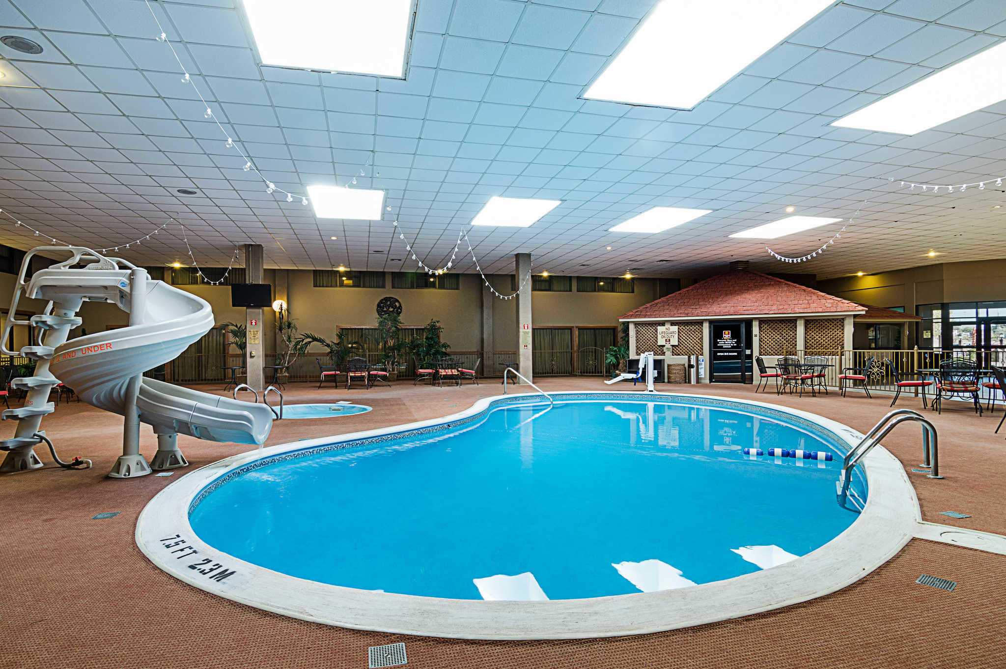 Clarion inn garden city ks business directory for Garden city pool jobs