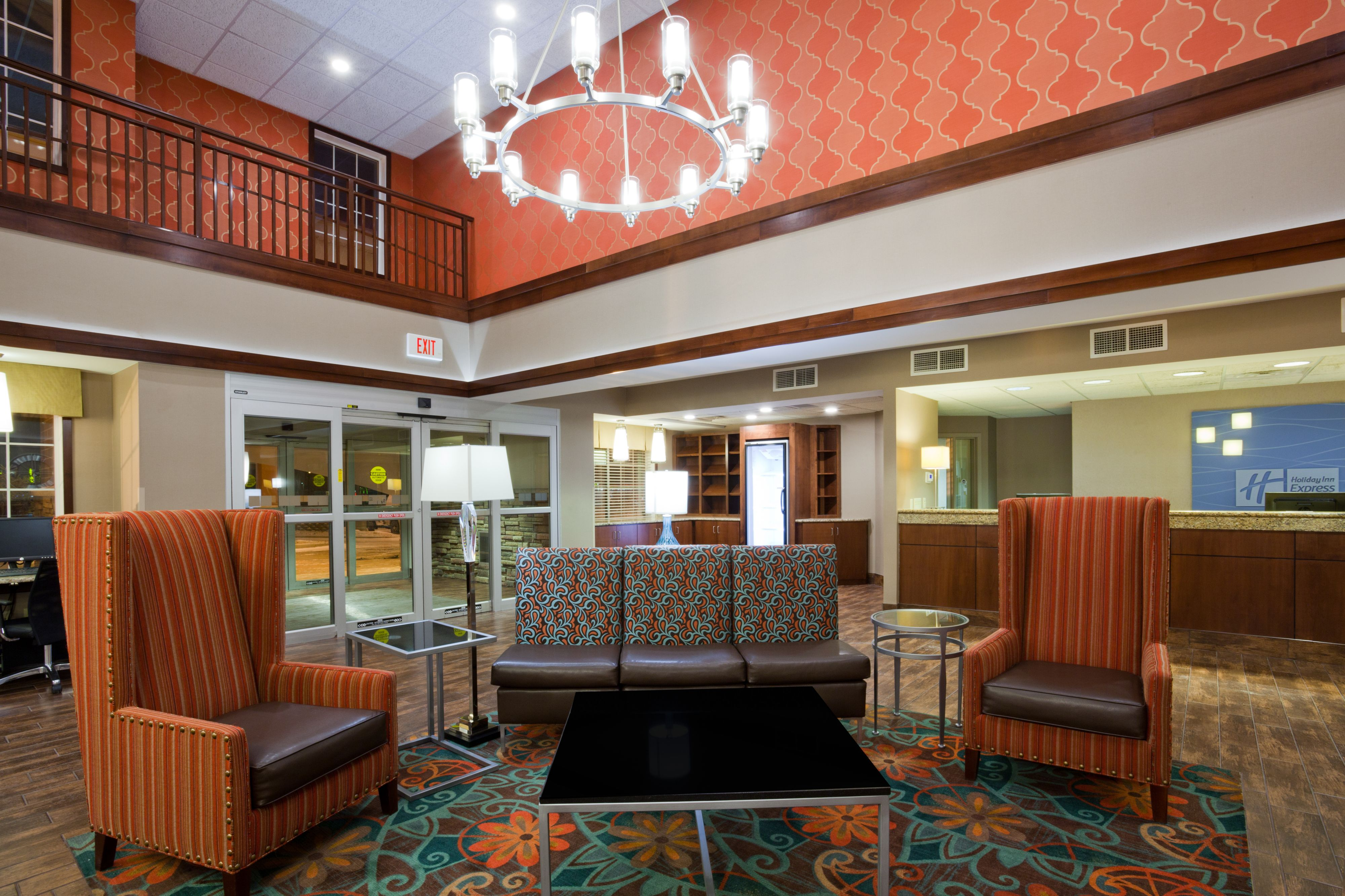 Holiday Inn Express & Suites St. Cloud image 5