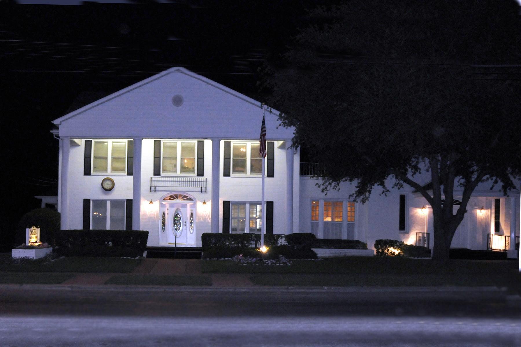 Waldo Funeral Home image 2