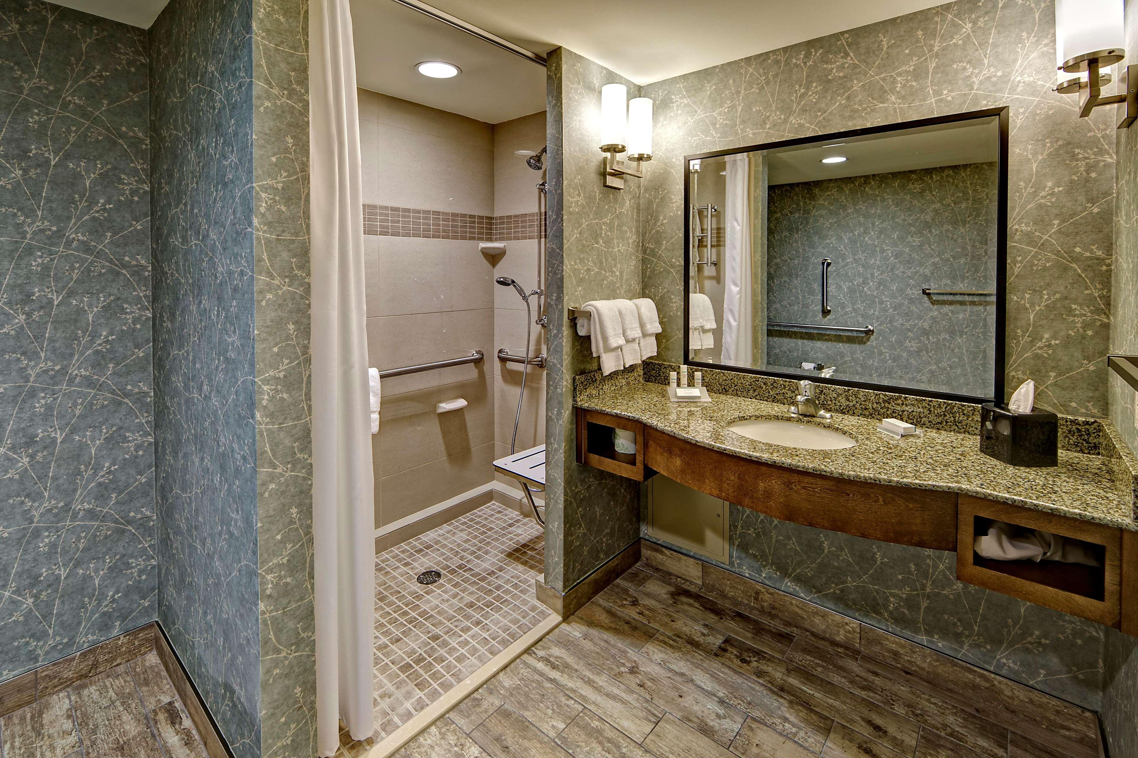 Hilton Garden Inn Charleston / Mt. Pleasant 300 Wingo Way Mount ...