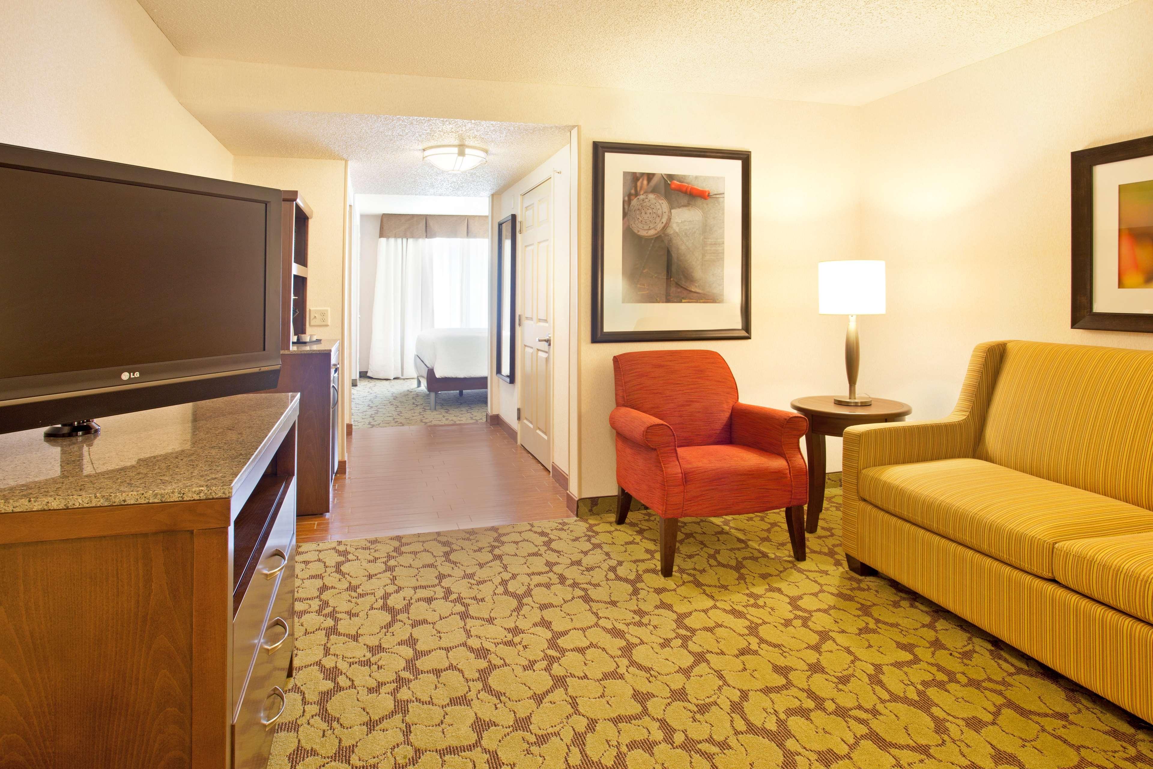Hilton Garden Inn Minneapolis/Eden Prairie image 28