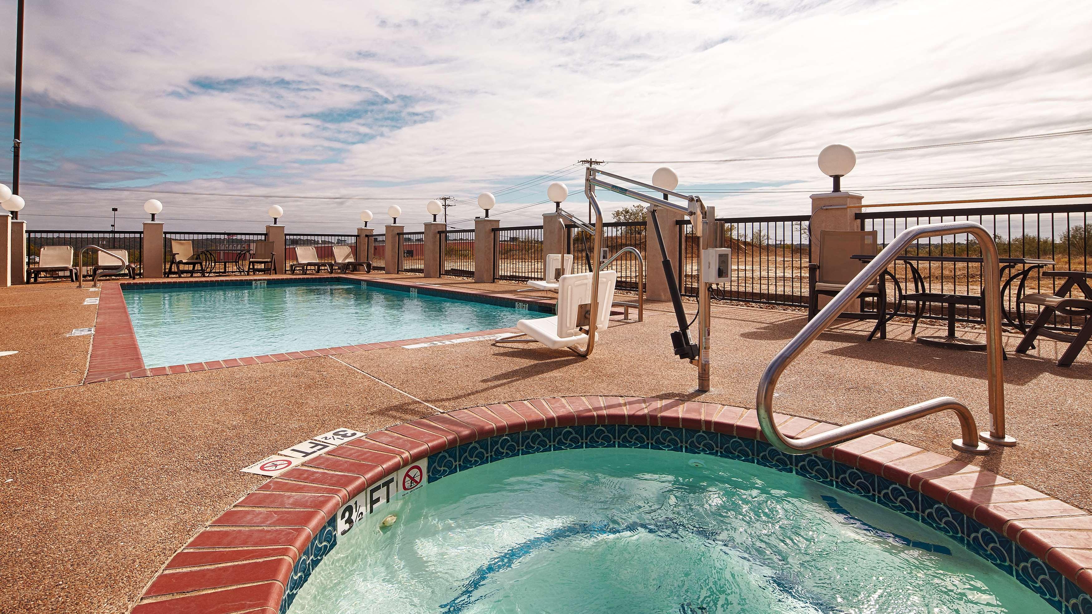 Best Western Club House Inn & Suites image 19