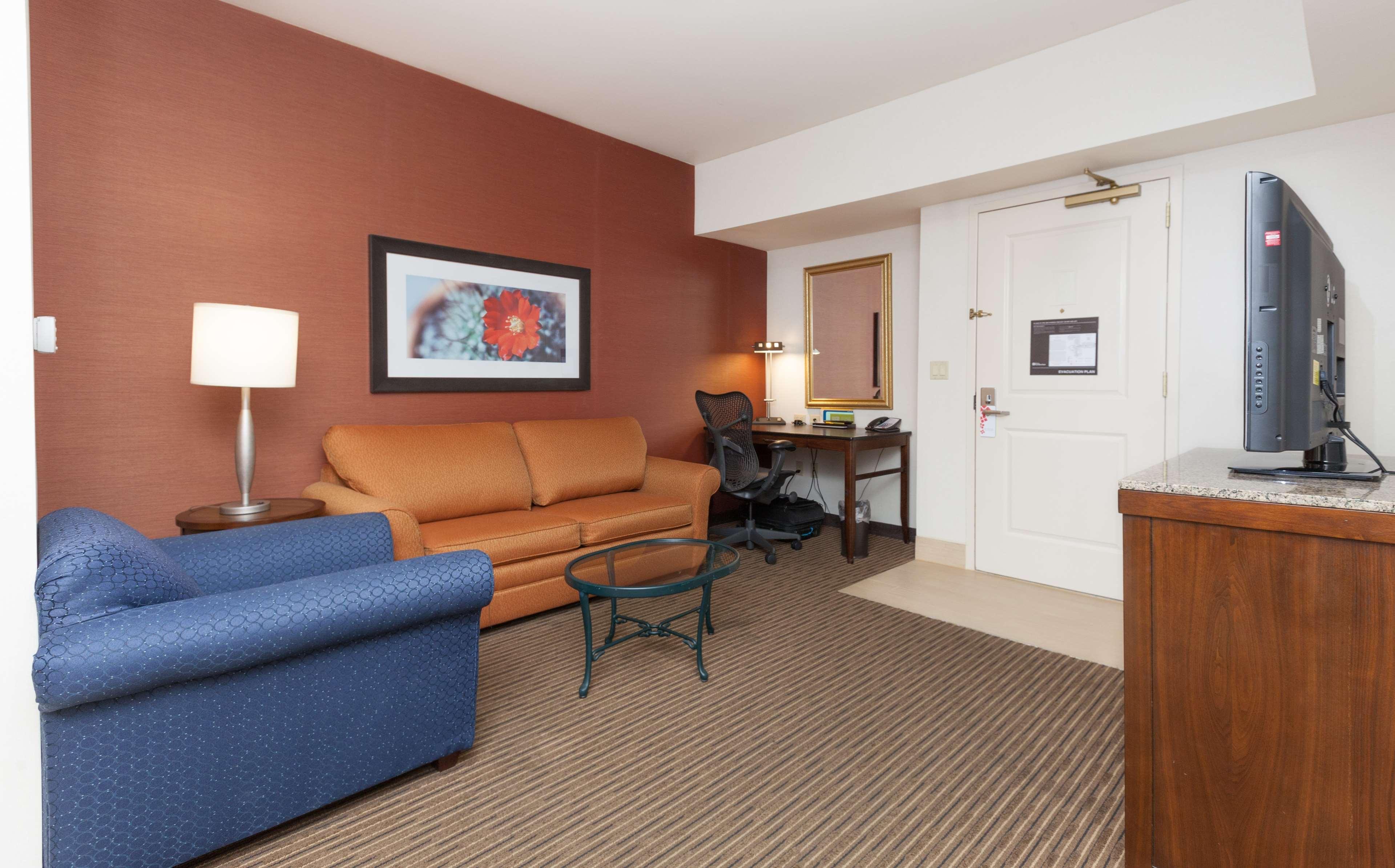 Hilton Garden Inn Palm Springs/Rancho Mirage image 27