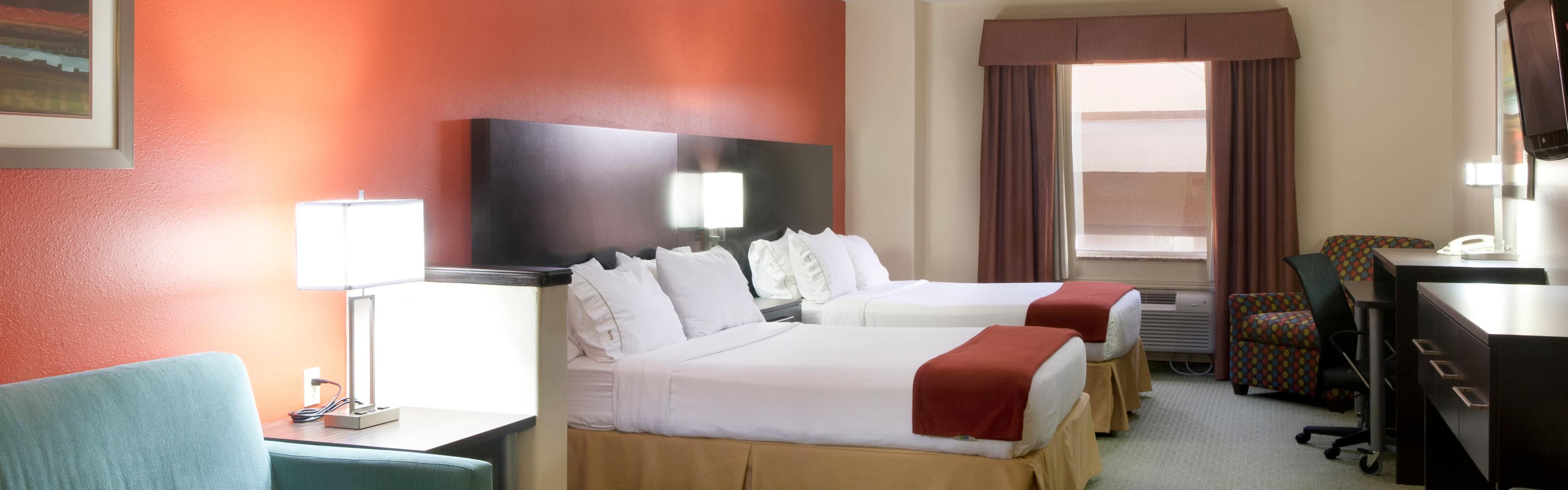 Holiday Inn Express & Suites Brownsville image 1
