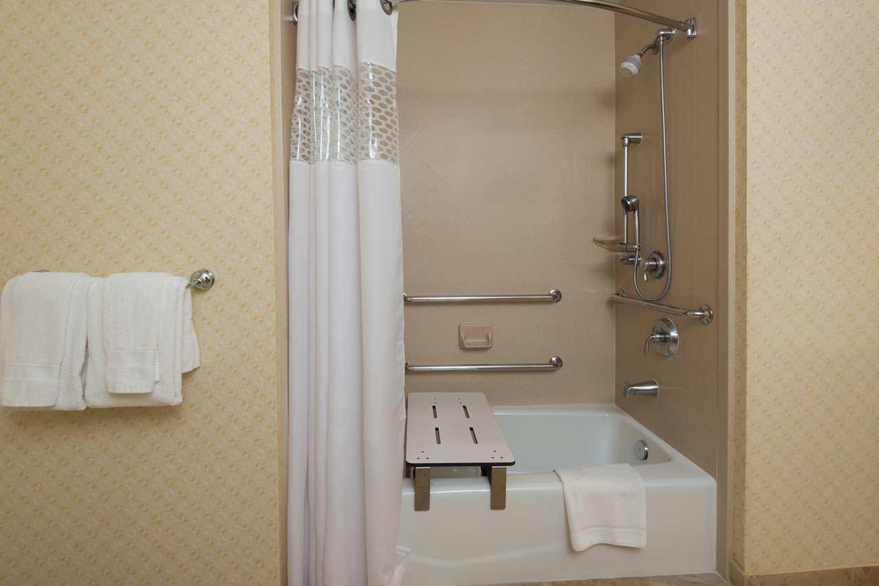 Hampton Inn & Suites El Paso West image 25