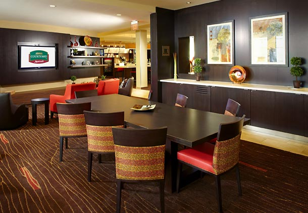 Courtyard by Marriott Pittsburgh Washington/Meadow Lands image 1