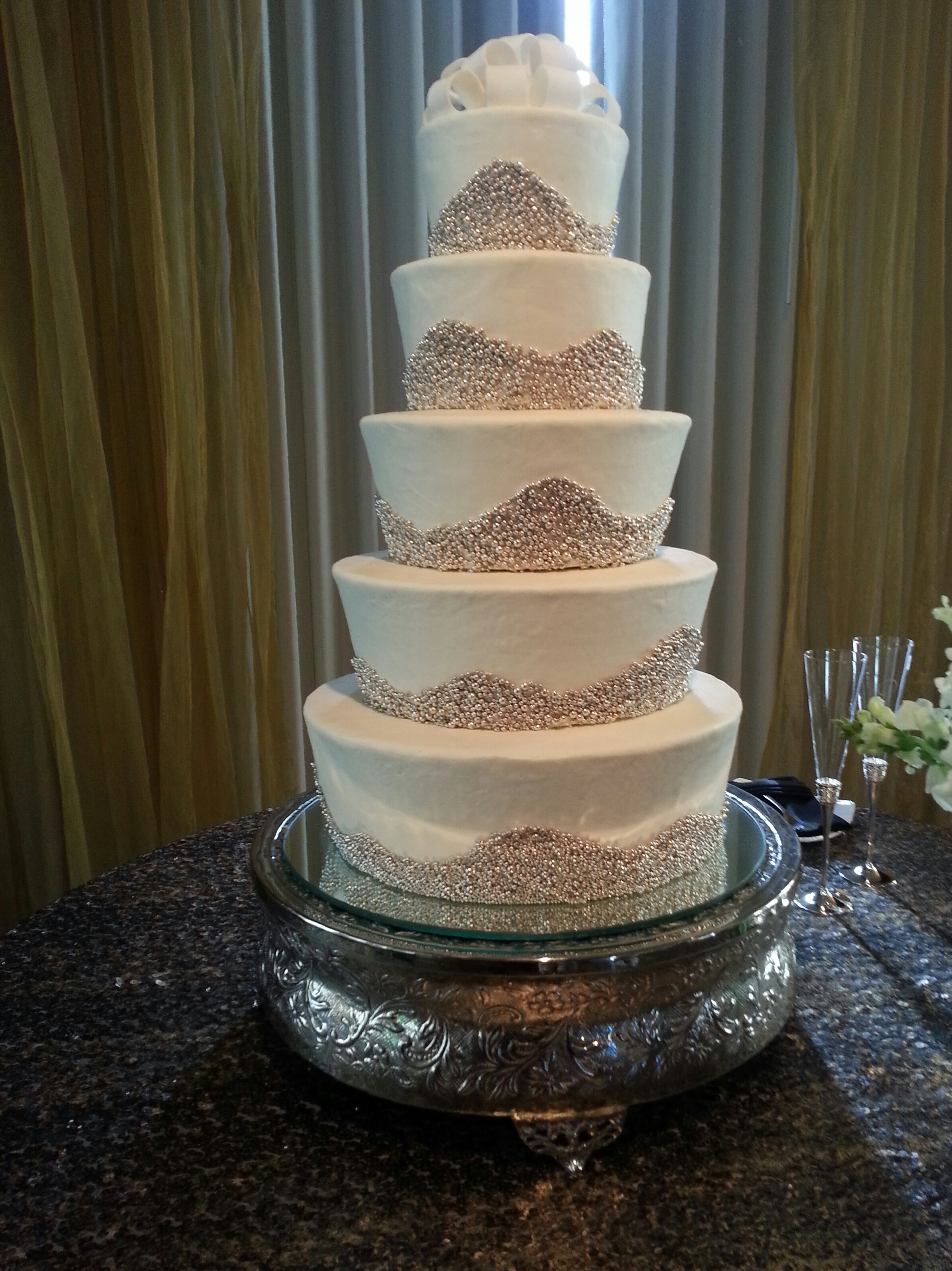 Virginia's Cakes Cafe & Bakery image 2