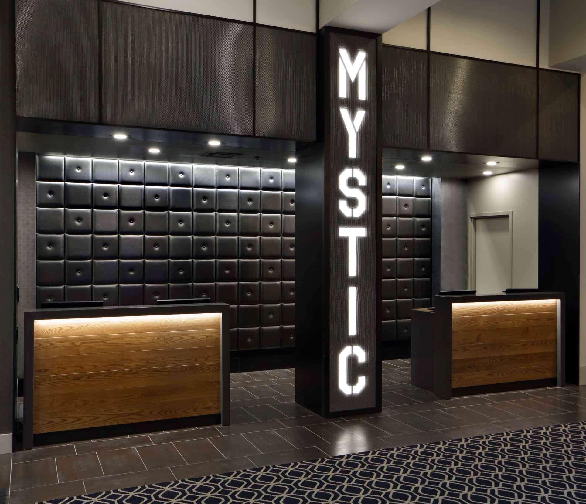 Hilton Mystic image 5