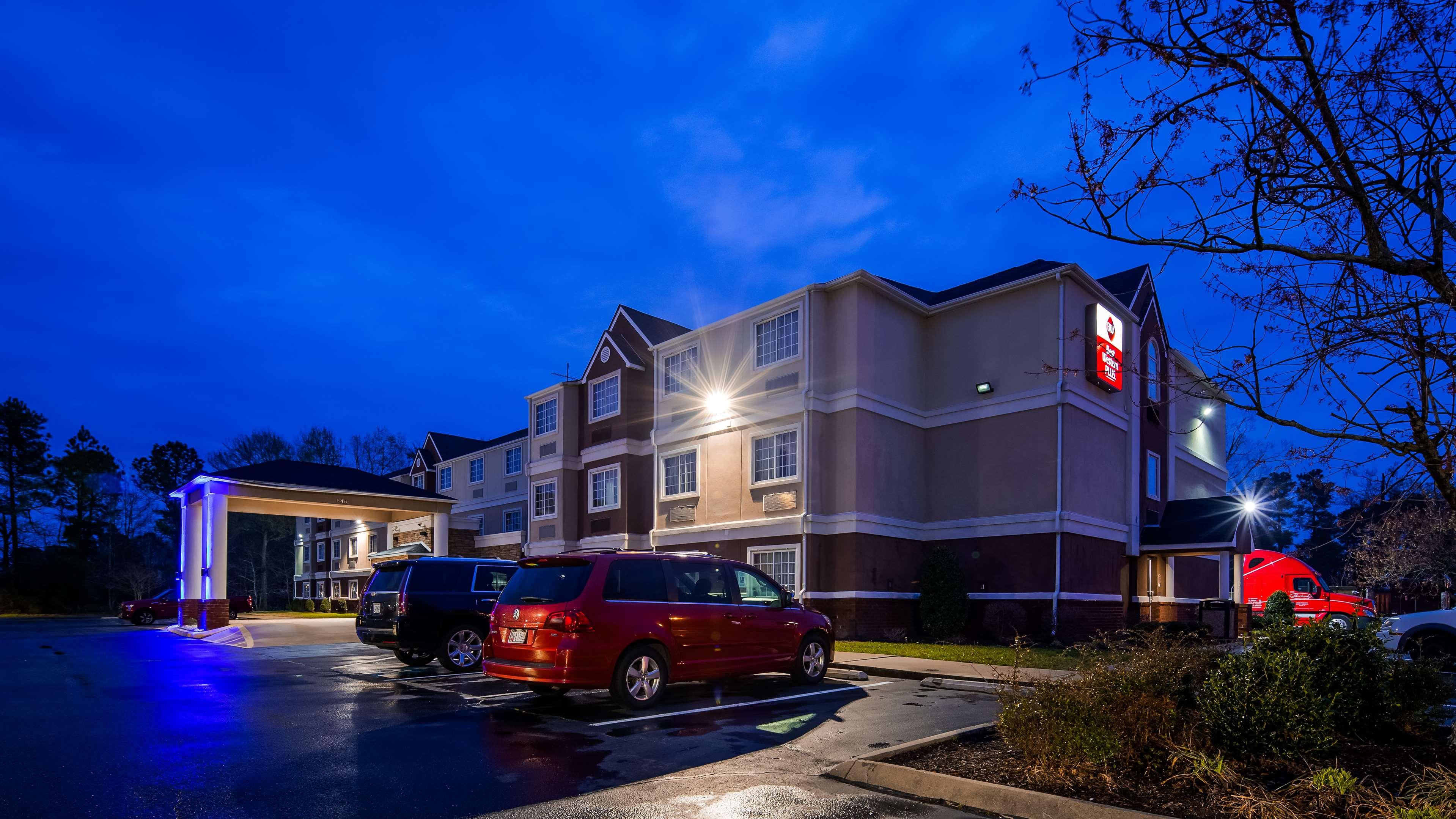 Best Western Plus Elizabeth City Inn & Suites image 1