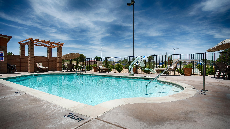 Best Western California City Inn & Suites image 26