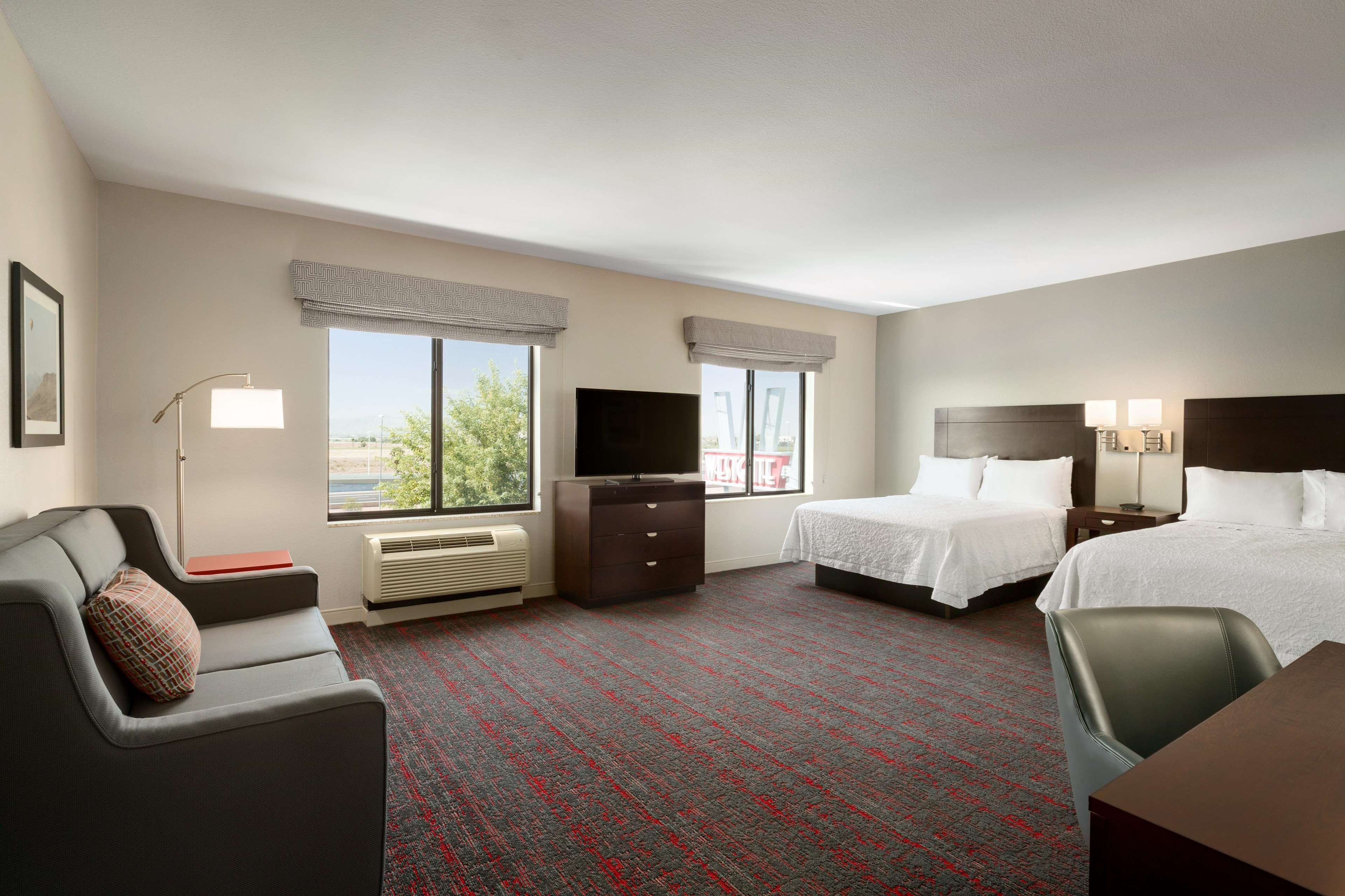 Hampton Inn & Suites Phoenix Glendale-Westgate image 26