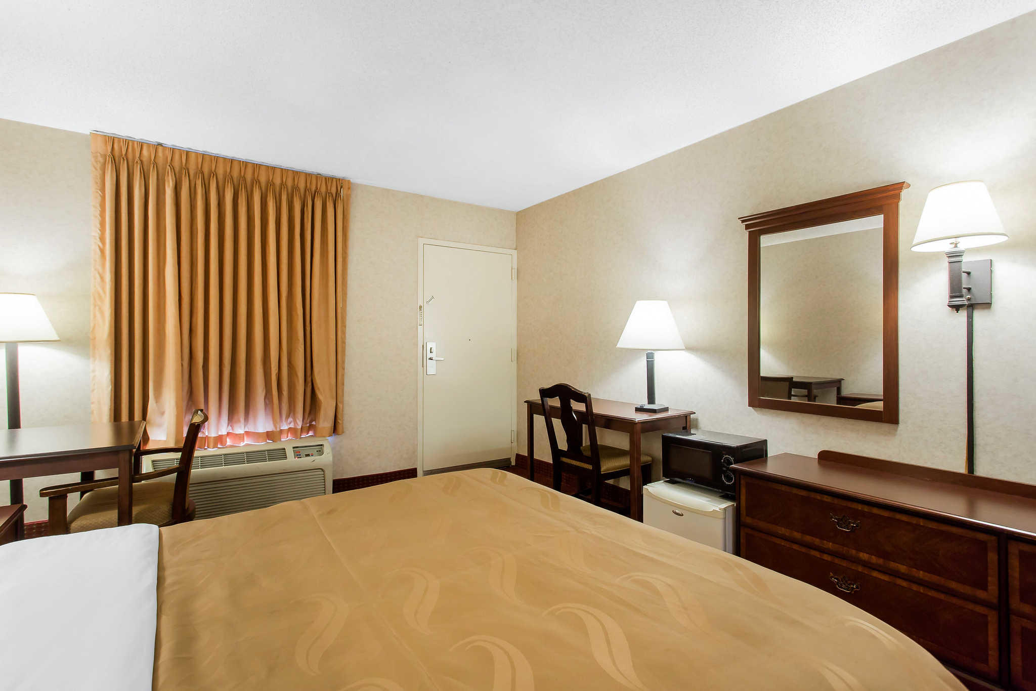 Quality Inn Mount Airy Mayberry image 8