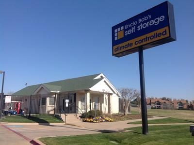 Uncle Bob S Self Storage In Bedford Tx 76021 Citysearch