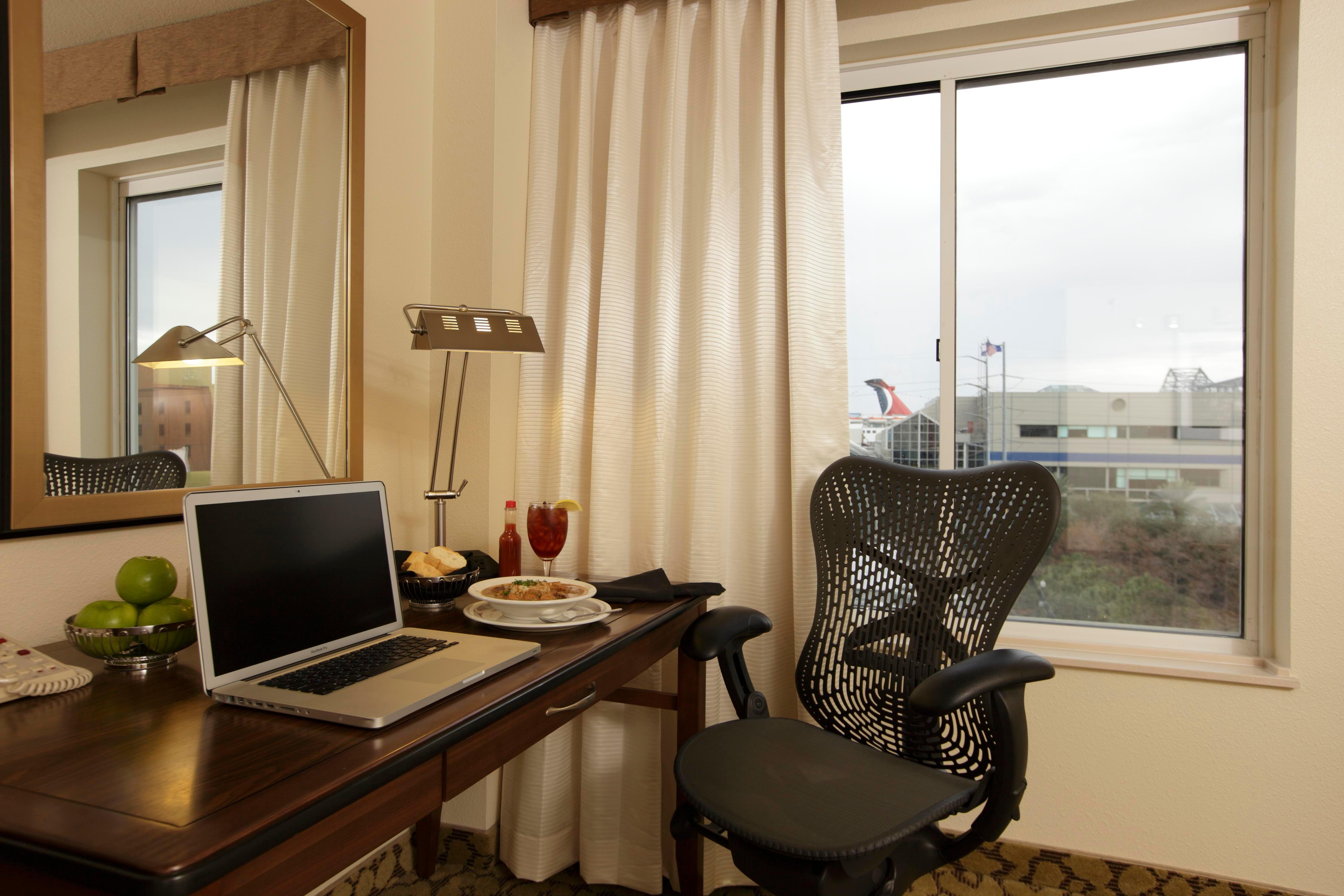 Hilton Garden Inn New Orleans Convention Center At 1001 S Peters Street New Orleans La On Fave