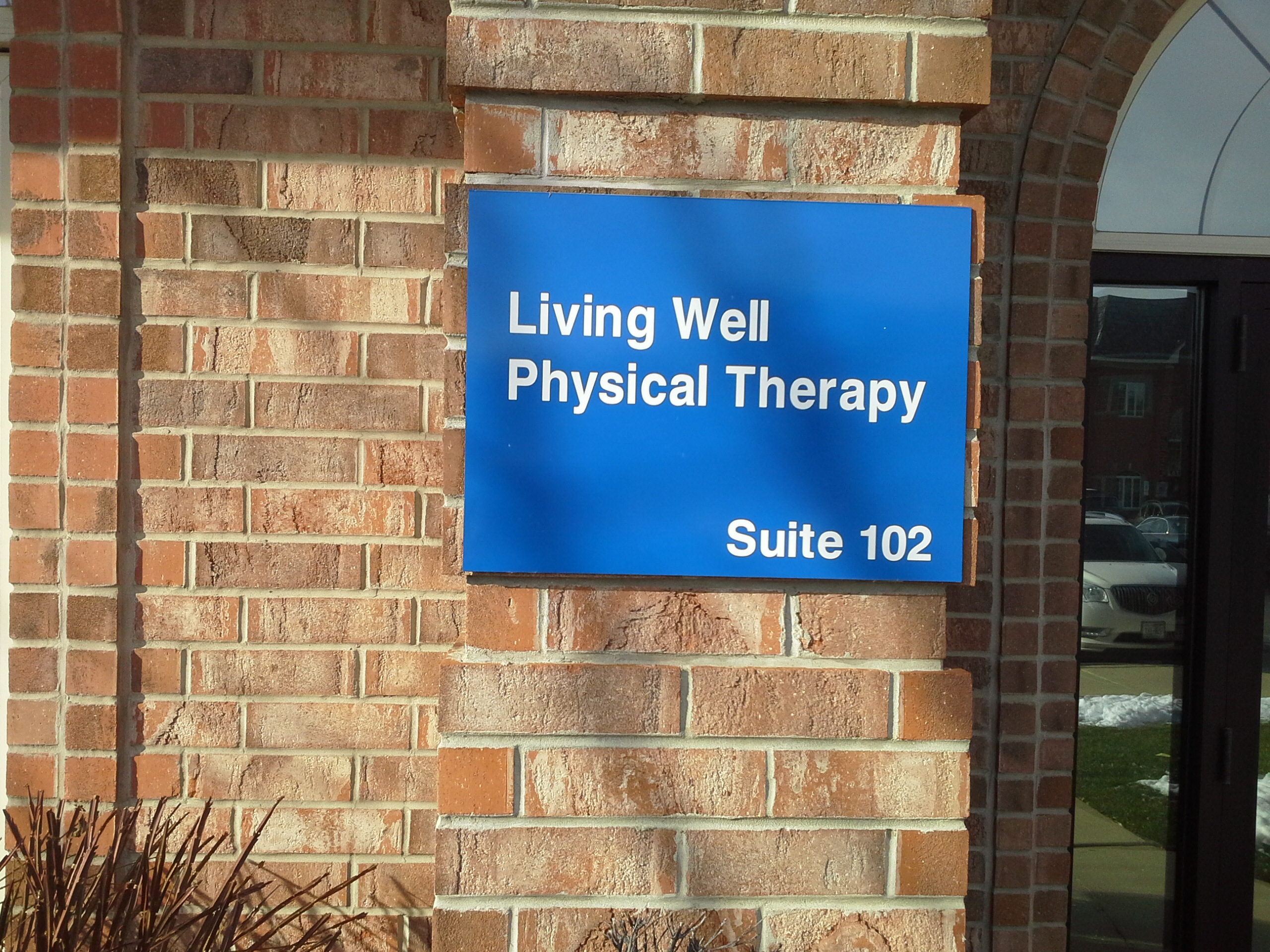 Living Well Physical Therapy