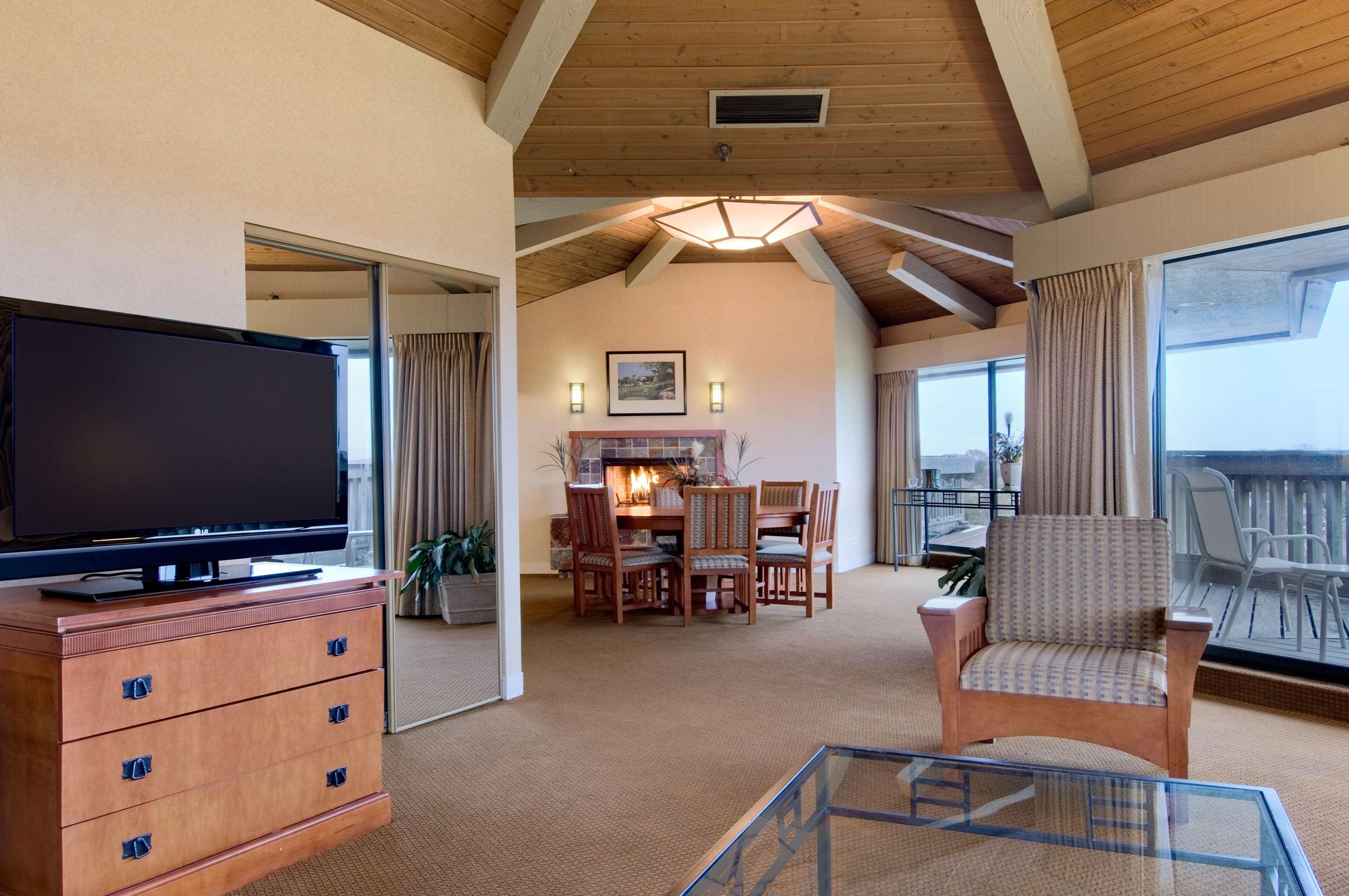Hilton Chicago Indian Lakes image 13