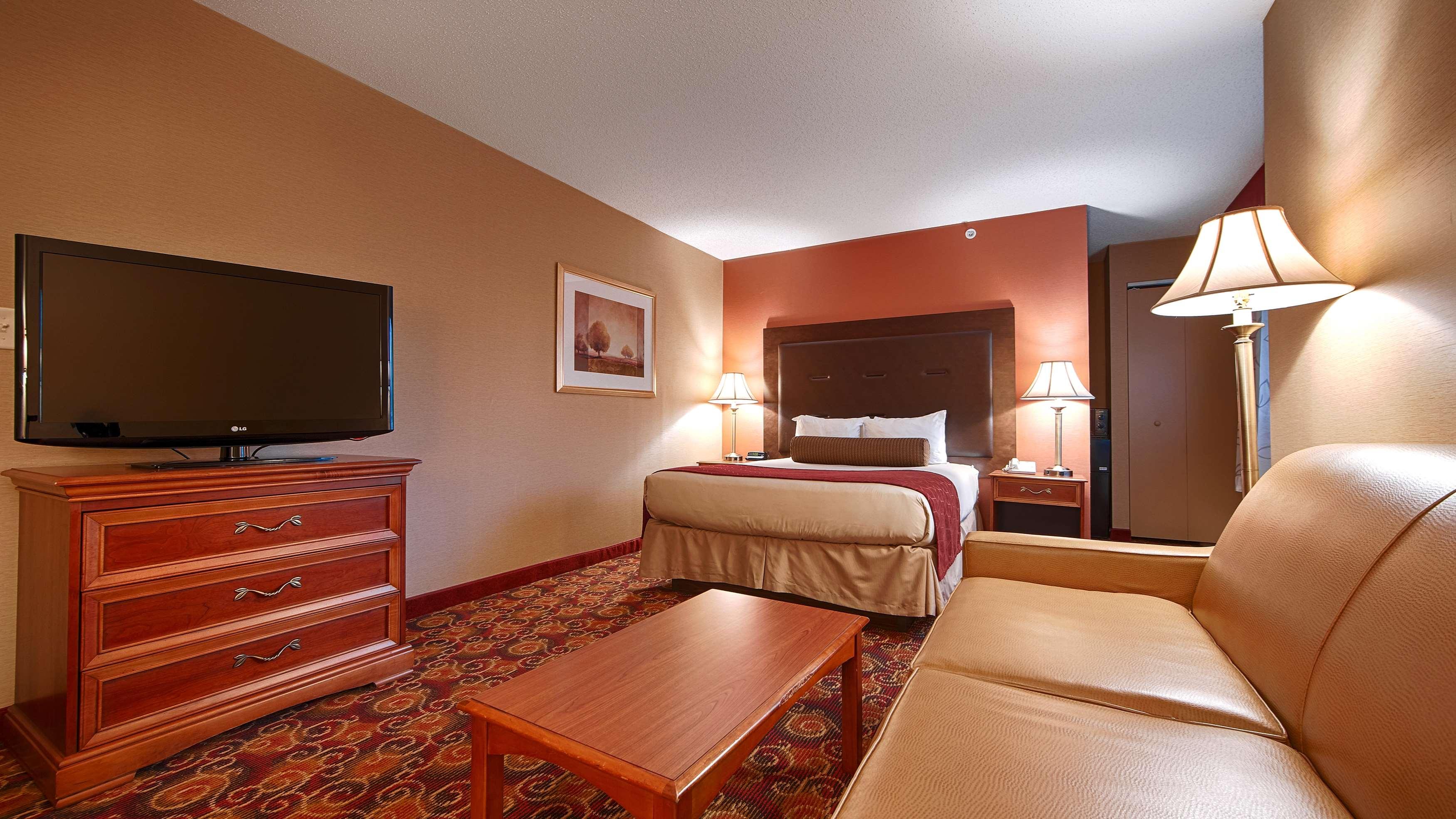 Best Western Plus The Inn at Sharon/Foxboro image 12