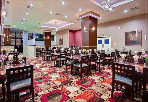 Holiday Inn Anaheim - Fullerton image 2