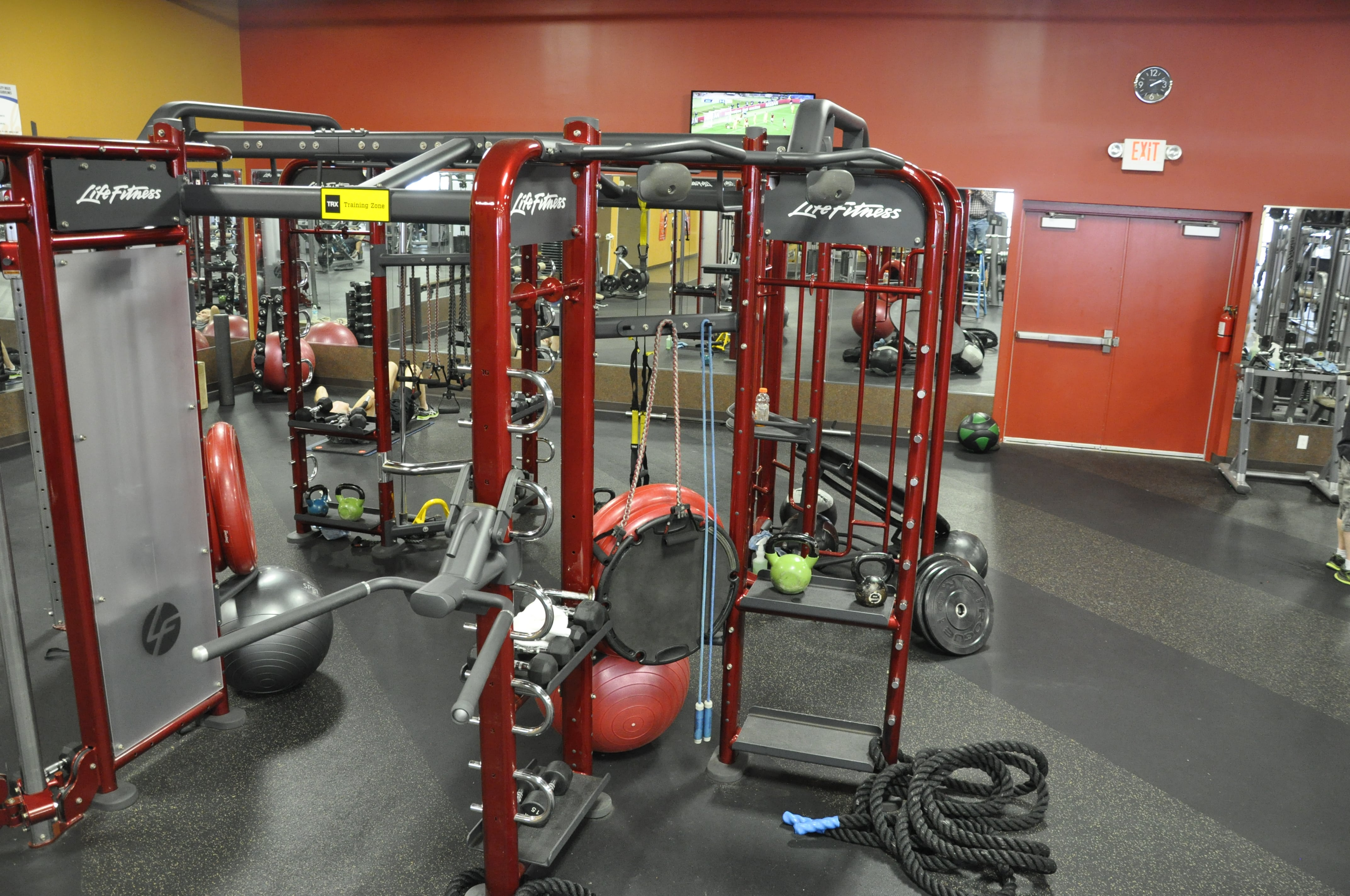 Club Fitness image 5