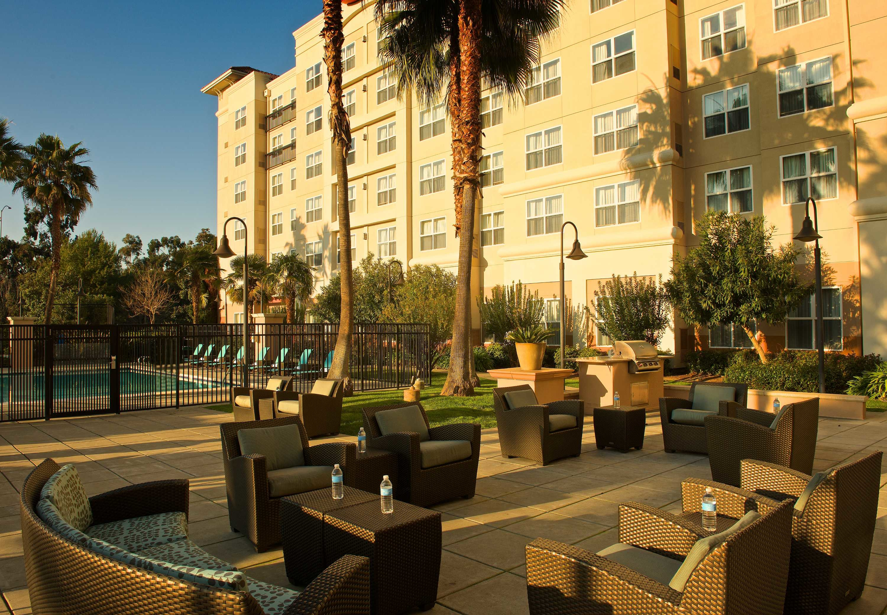 Residence Inn by Marriott Newark Silicon Valley image 11