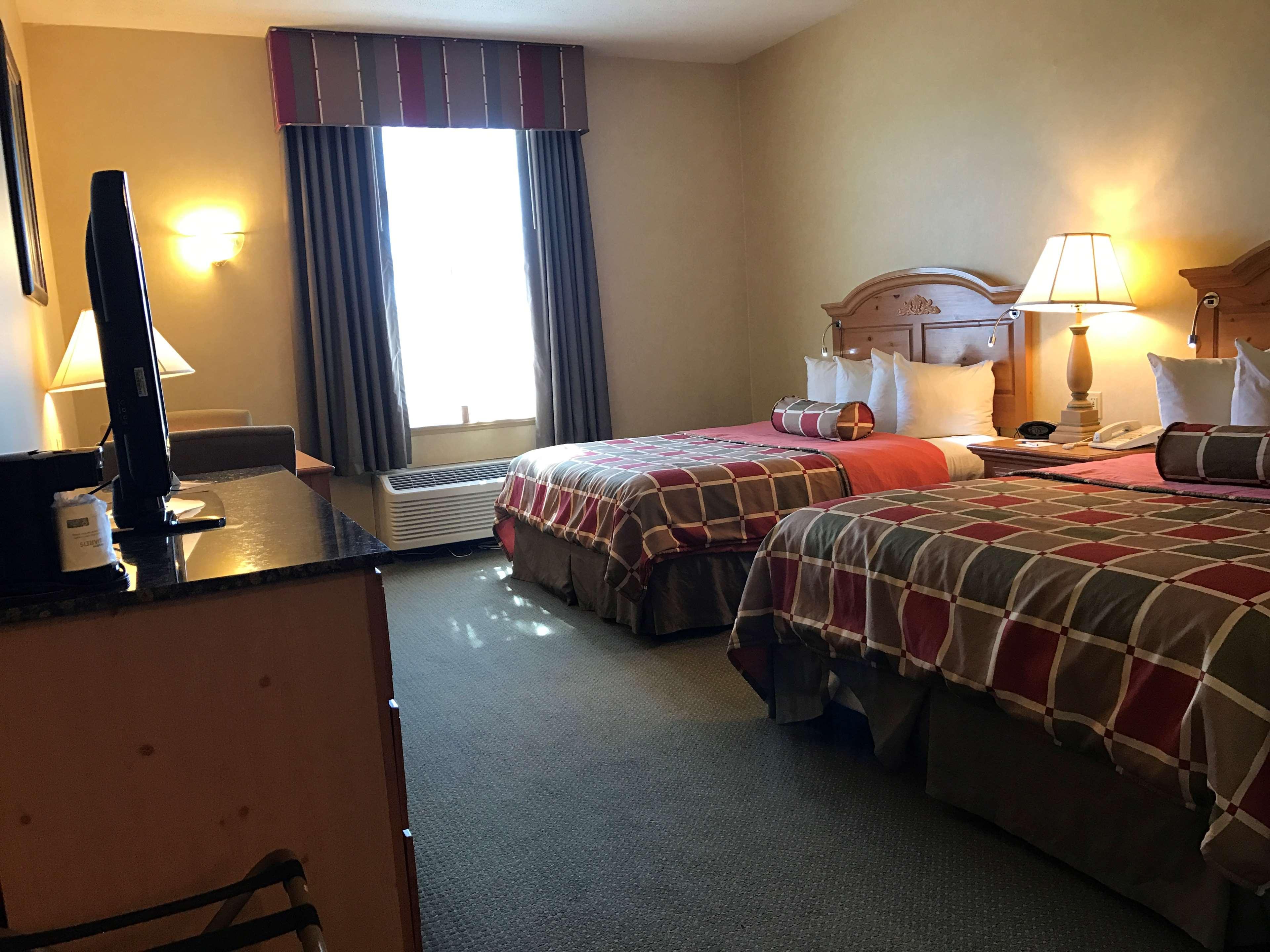 Best Western Plus Revere Inn & Suites image 16