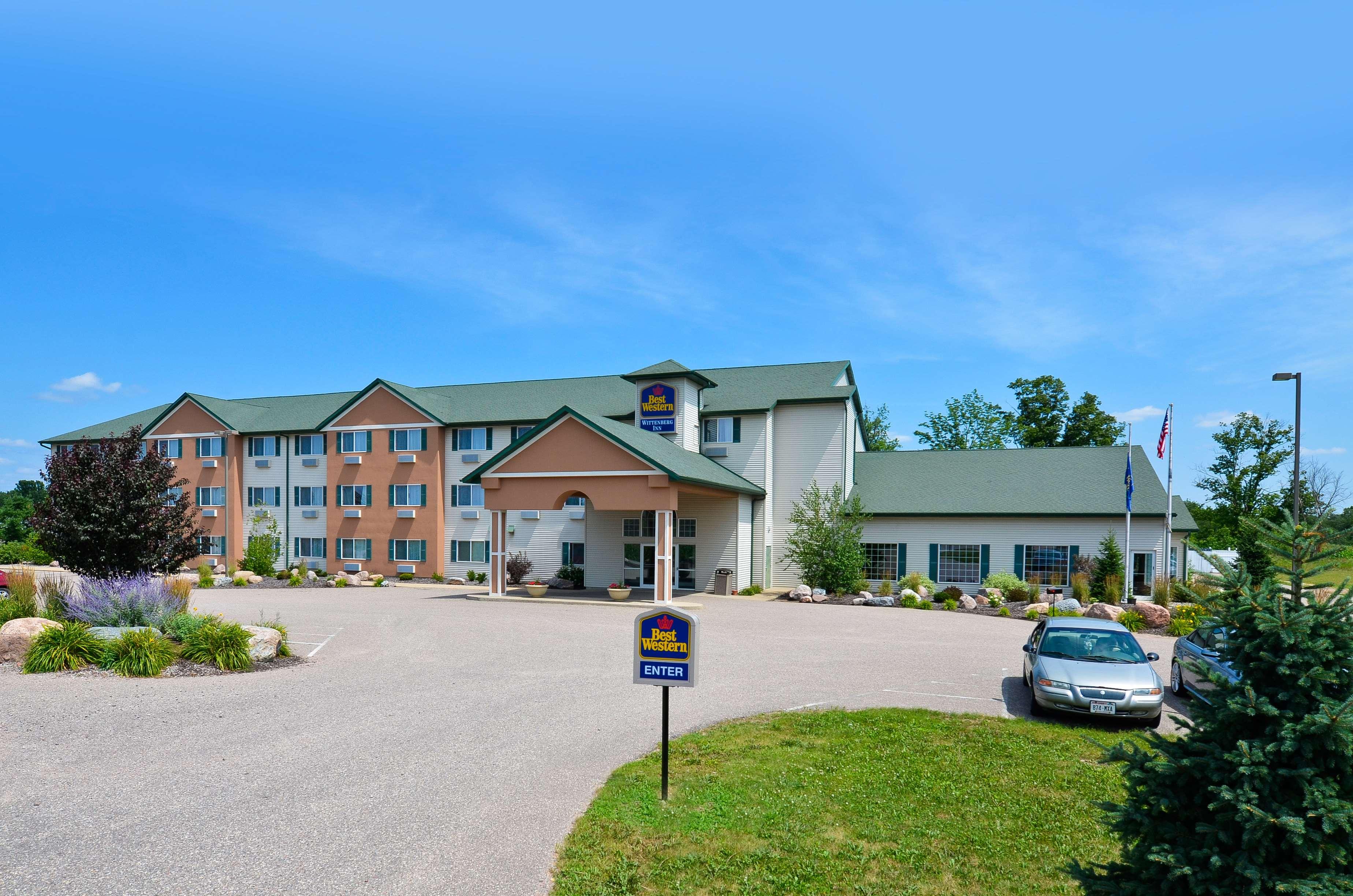 Hotels Near Wittenberg Wi