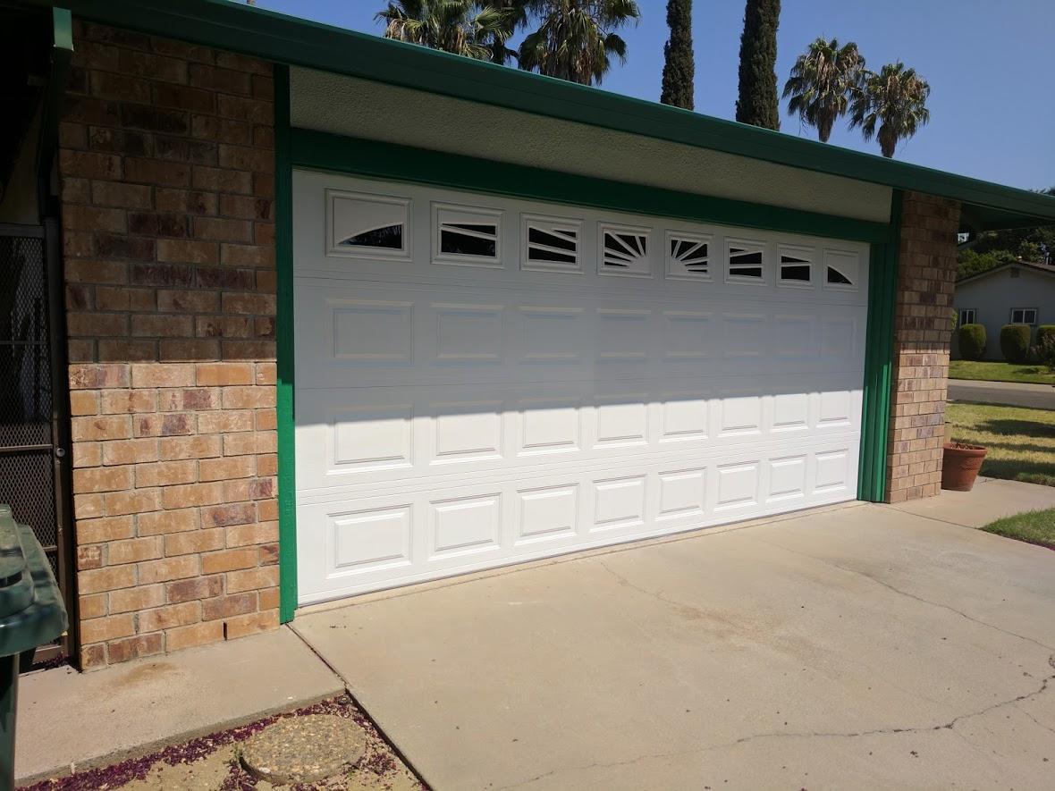 GR8 Garage Door image 49
