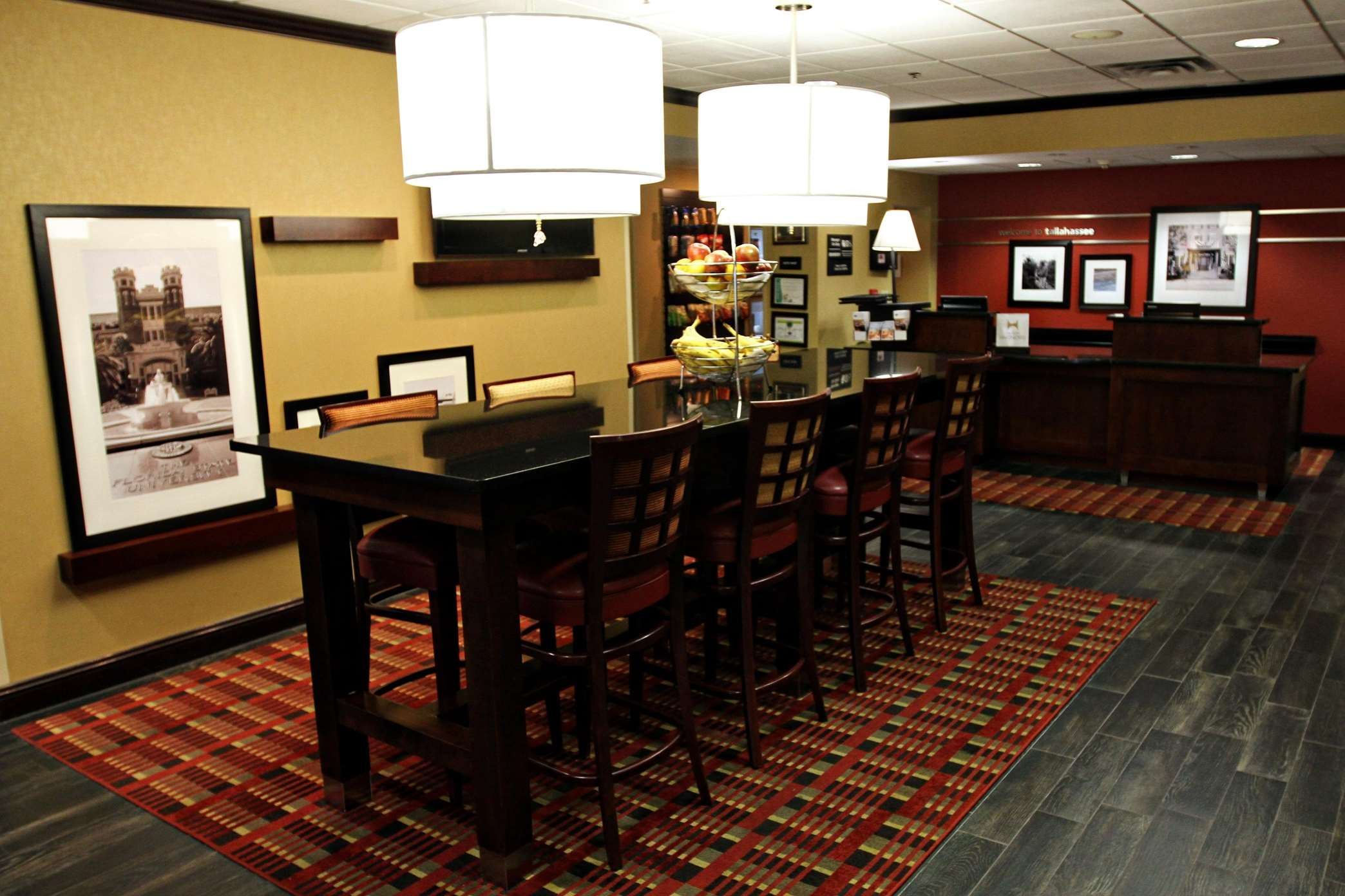 Hampton Inn Tallahassee-Central image 0