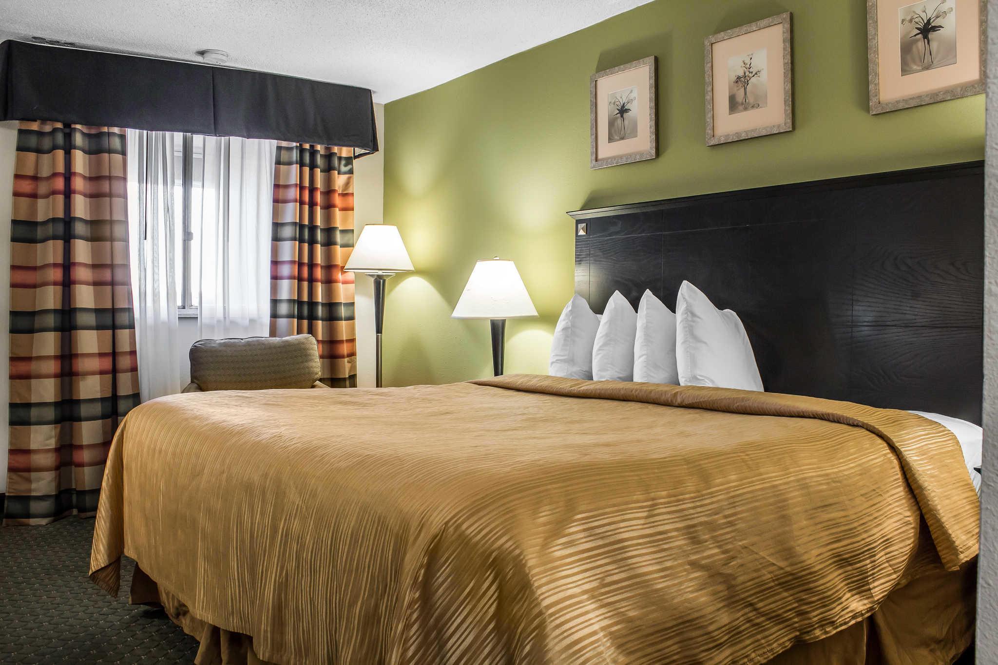 Quality Inn & Suites Moline - Quad Cities image 0