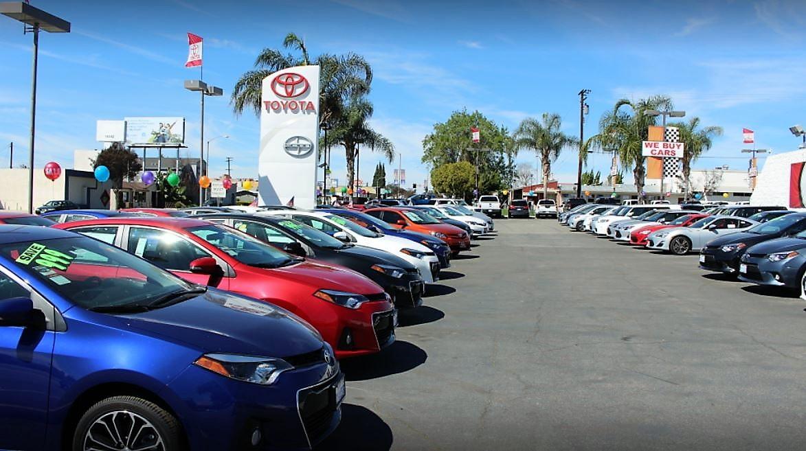 Toyota of Whittier image 4