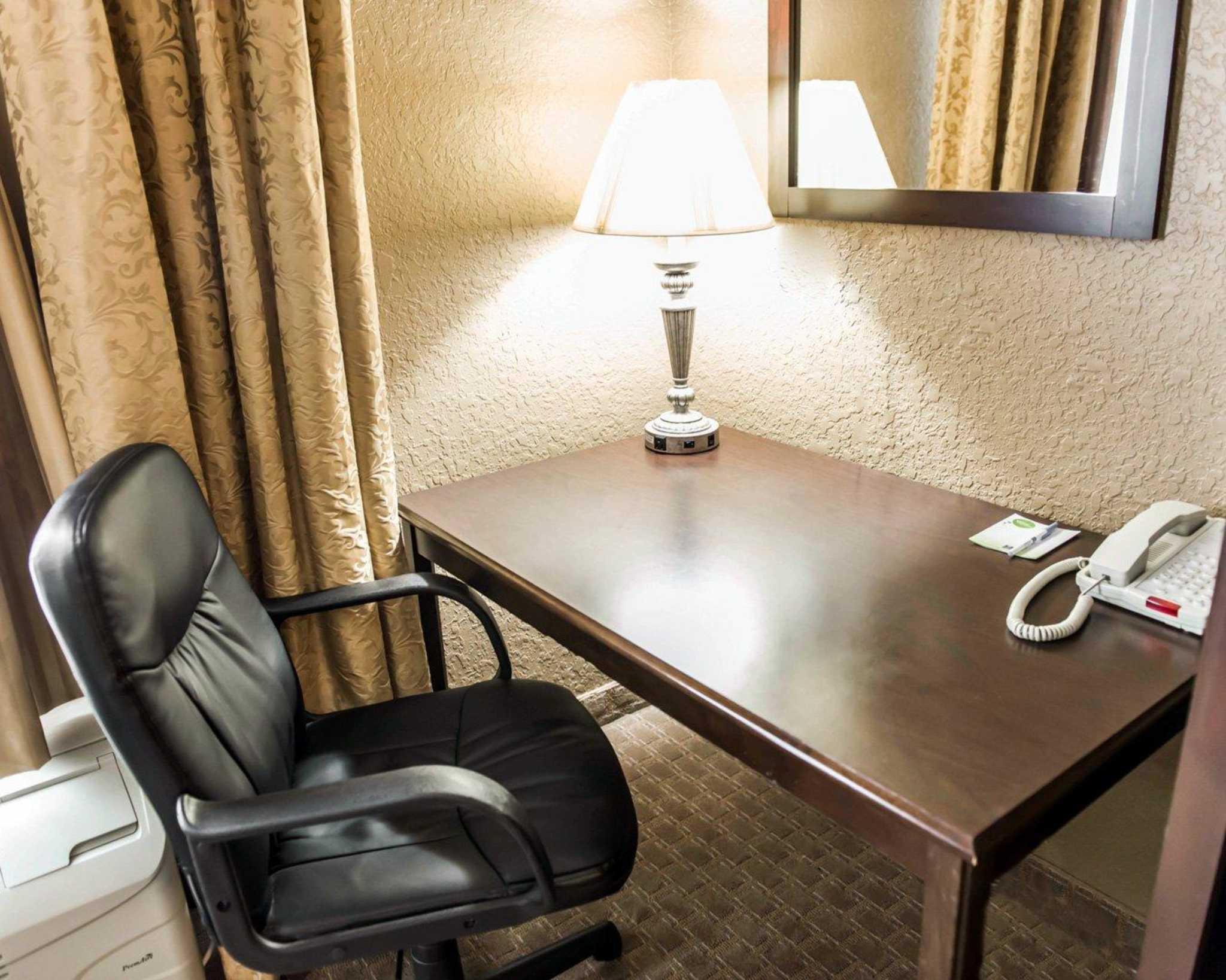 Comfort Inn & Suites Marianna I-10 image 10