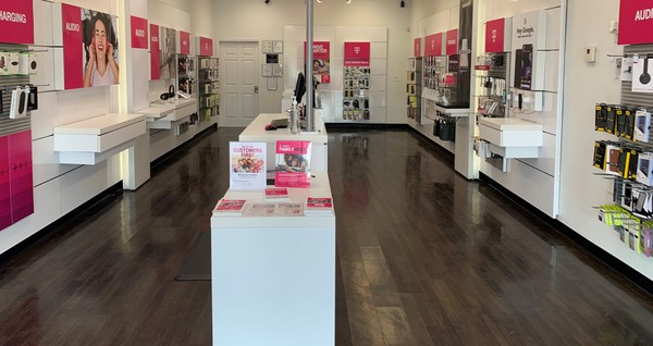 T Mobile Store At 5055 W Ray Rd 5 Chandler Az T Mobile