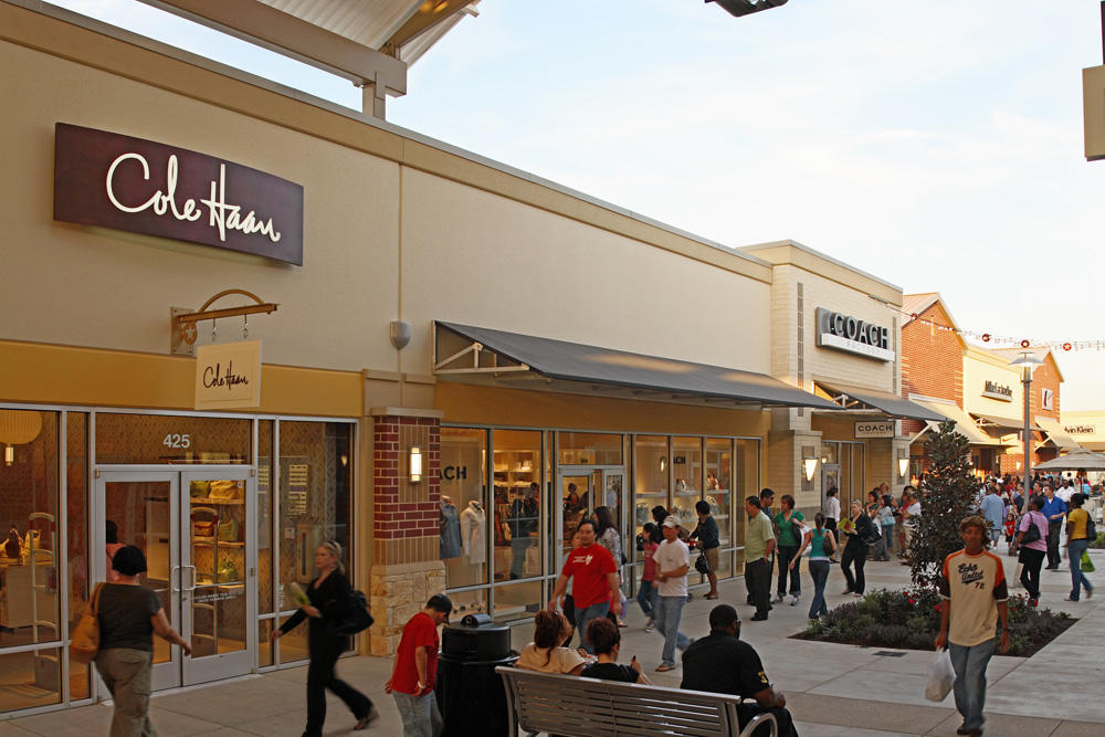 oakley outlet mall houston