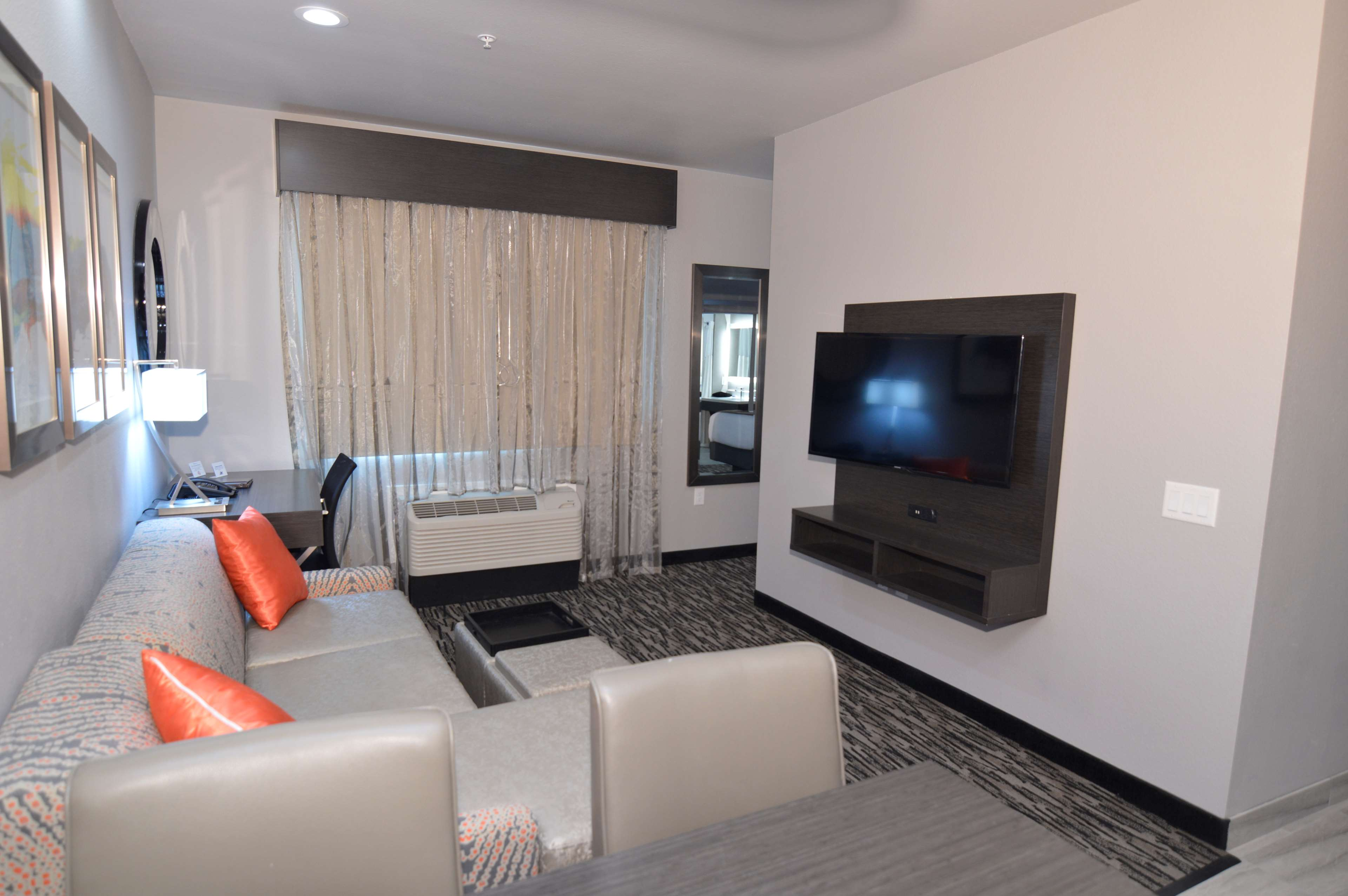 Executive Residency by Best Western Baytown image 29
