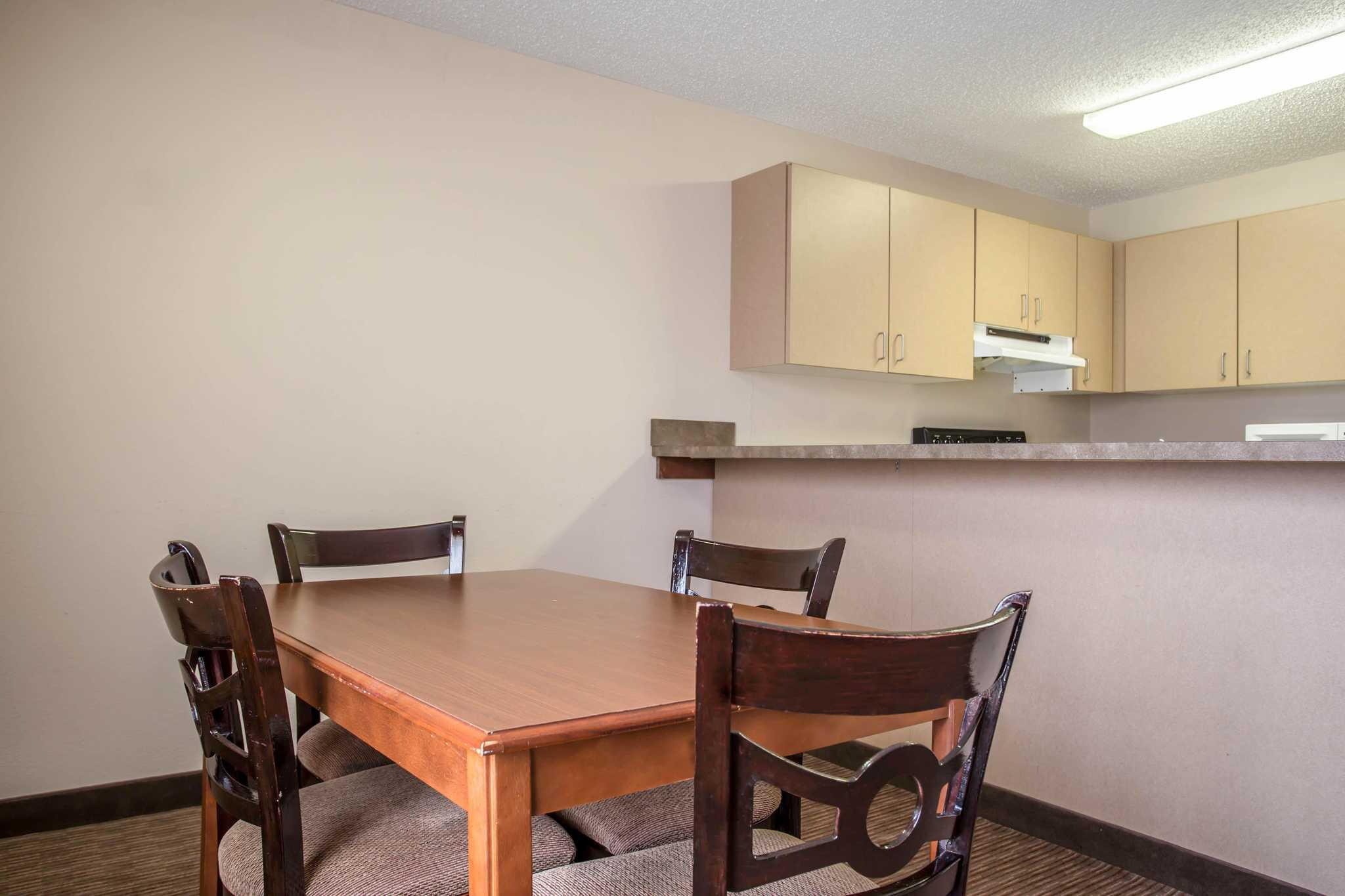 Quality Inn & Suites Matthews - Charlotte image 23