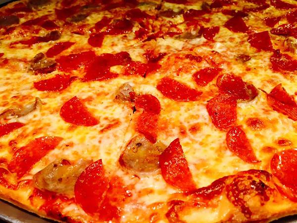Nonna's Pizza & Ristorante image 0