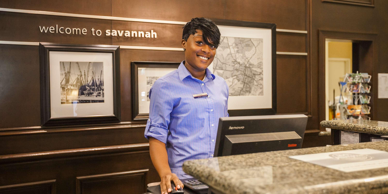 Hampton Inn & Suites Savannah Historic District image 12